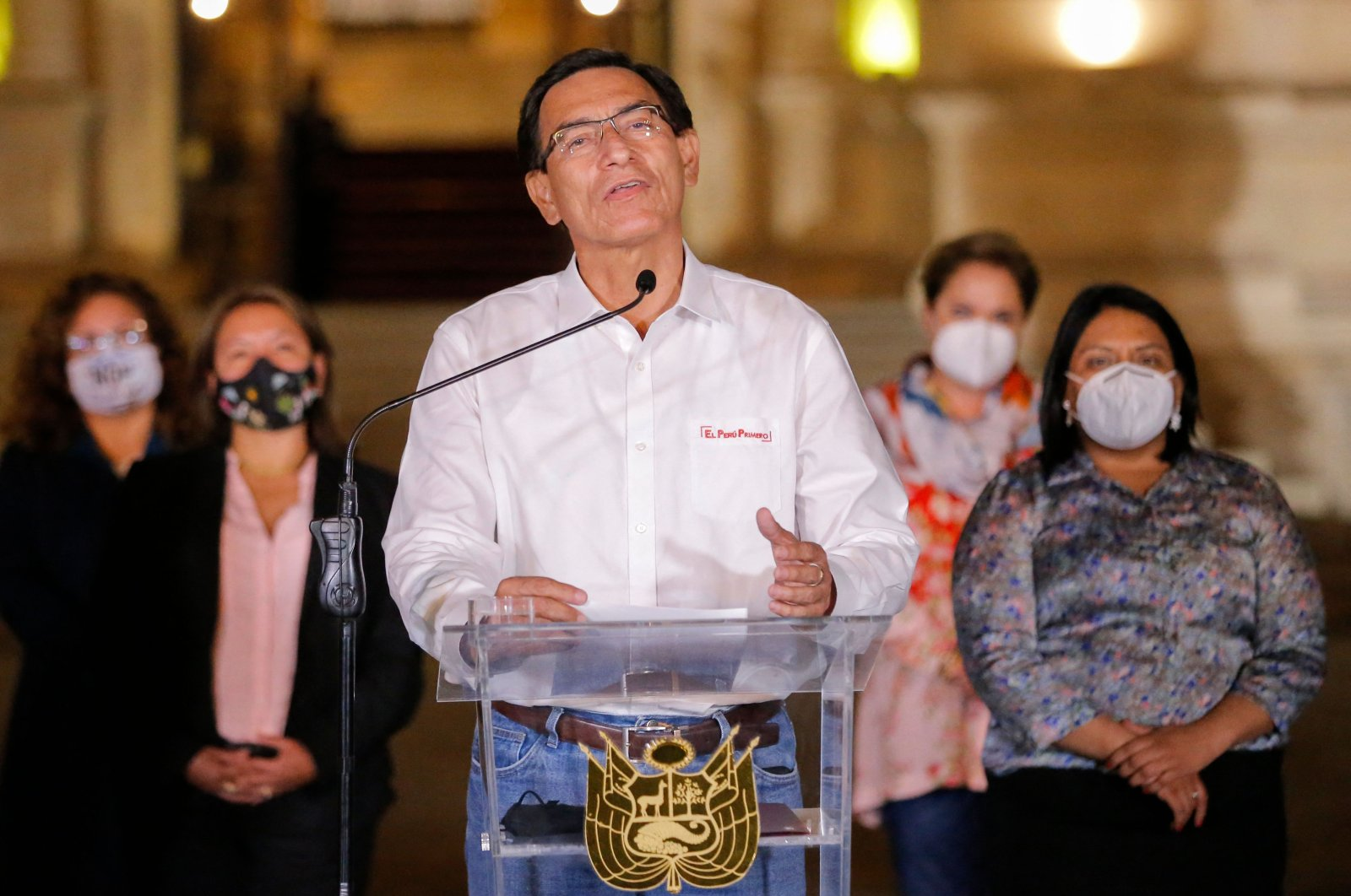 Peruvian President Martin Vizcarra gives a farewell statement to the press before leaving the presidential palace in Lima, following his impeachment by an overwhelming majority Congress vote during a second political trial against him in less than two months, Lima, Peru, Nov. 09, 2020. (AFP Photo)