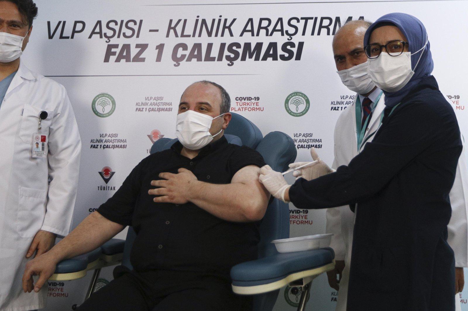 Industry and Technology Minister Mustafa Varank receives the VLP-based coronavirus jab at the Ankara Oncology Hospital, Ankara, Turkey, April 17, 2021. (DHA Photo)