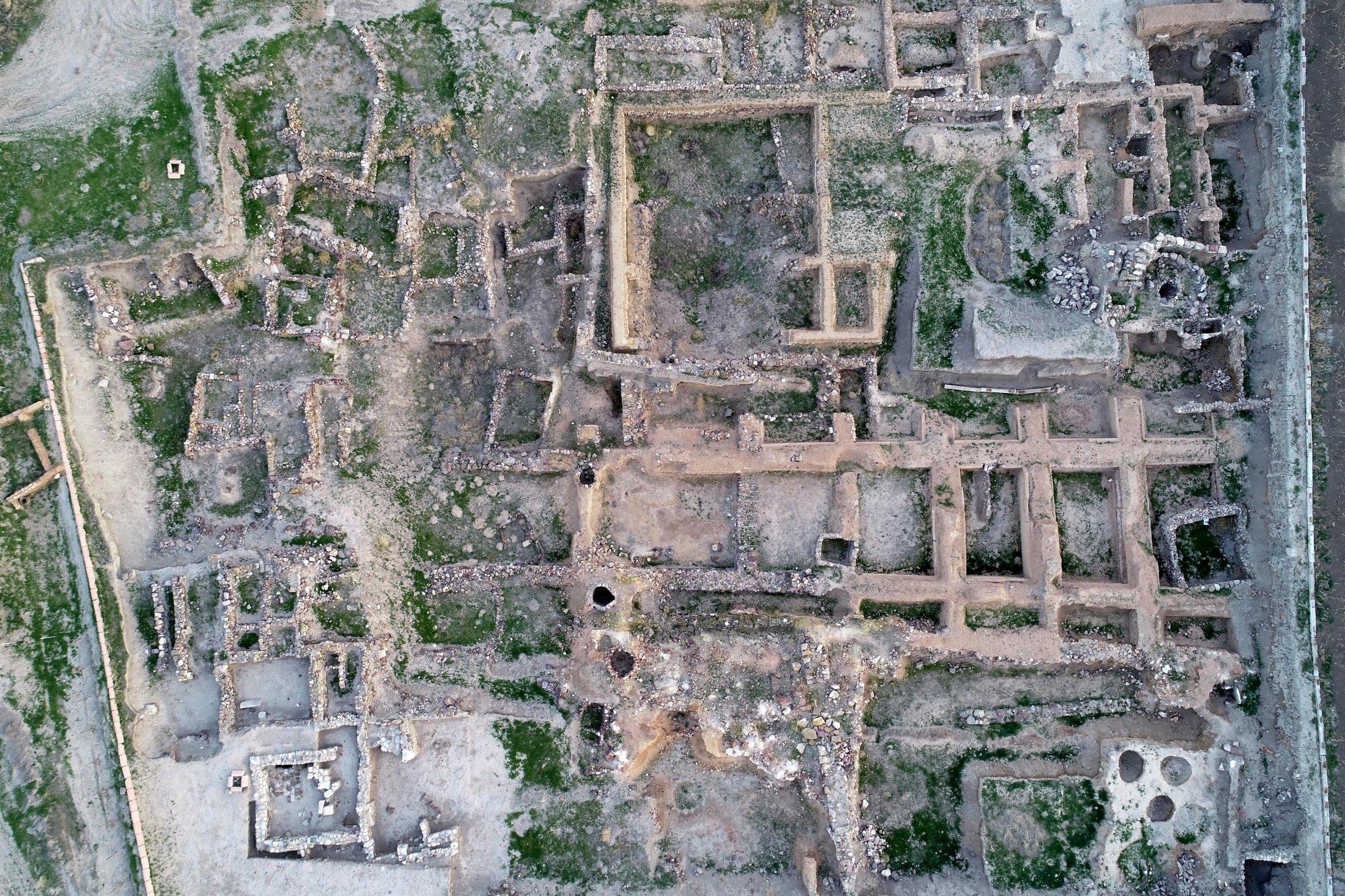 19 Nisan 2021 Goldtep, Türkiye'nin merkezinde, Kayseri'ye 25 kilometre (15 mil) uzaklıkta, Ganesh olarak da bilinen antik bir şehir.  (AA fotoğraf)