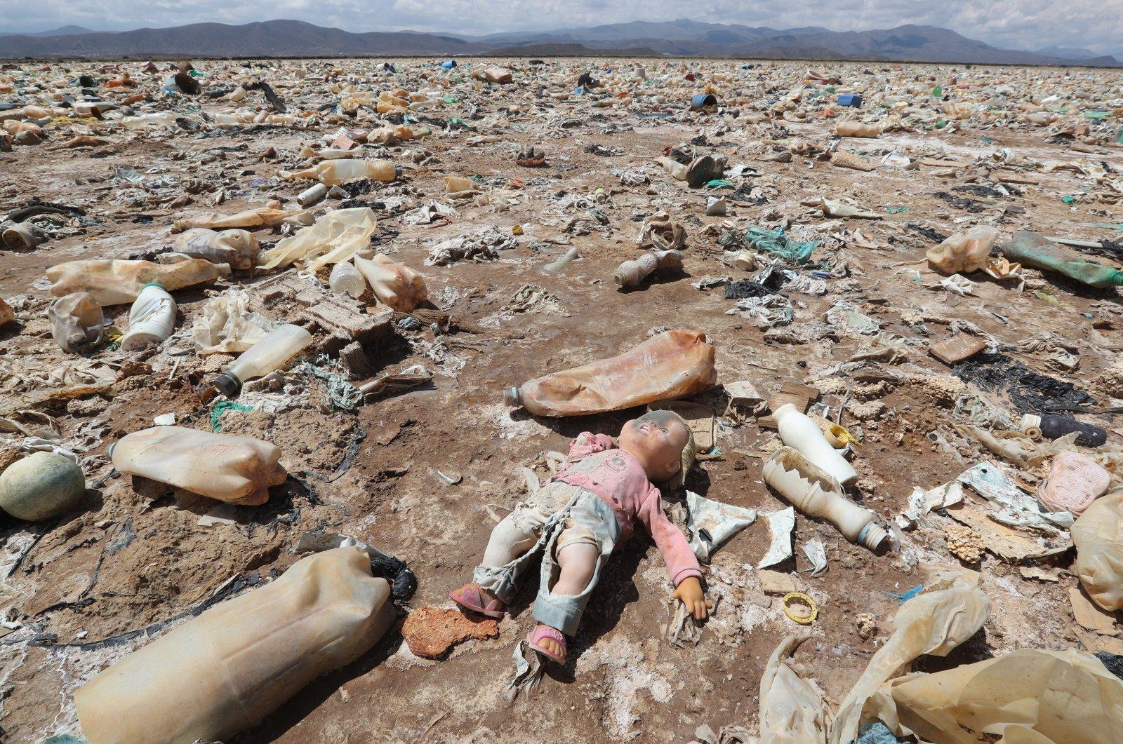 Garbage in Lake Uru Uru, in Oruro, Bolivia, March 30, 2021. (EPA Photo)