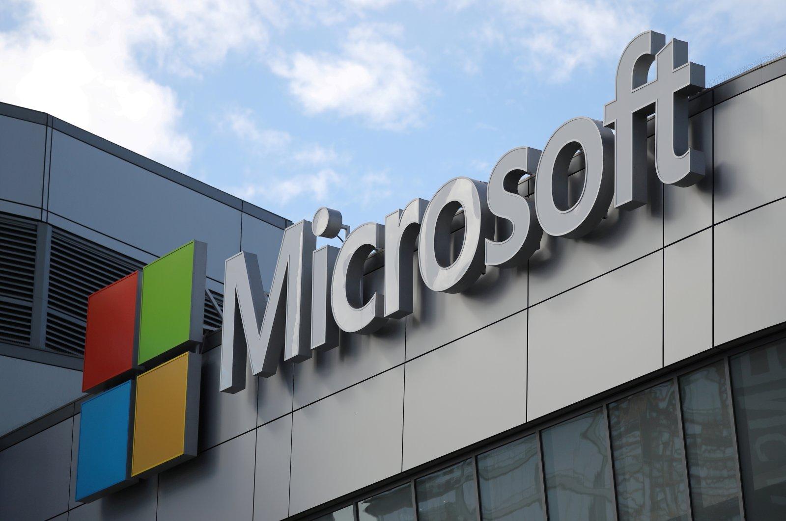 The Microsoft logo is seen in Los Angeles, California, U.S., Nov. 7, 2017. (Reuters Photo)