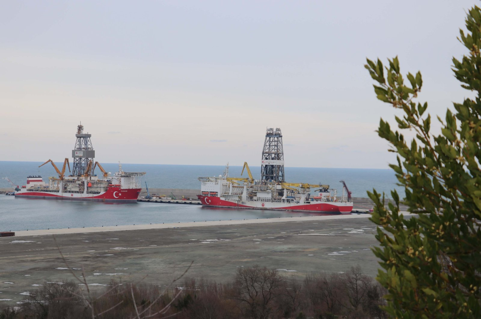 Turkey's drilling vessels Kanuni (L) and Fatih at the Port of Filyos in Zonguldak, northern Turkey, March, 20, 2021. (AAPhoto)