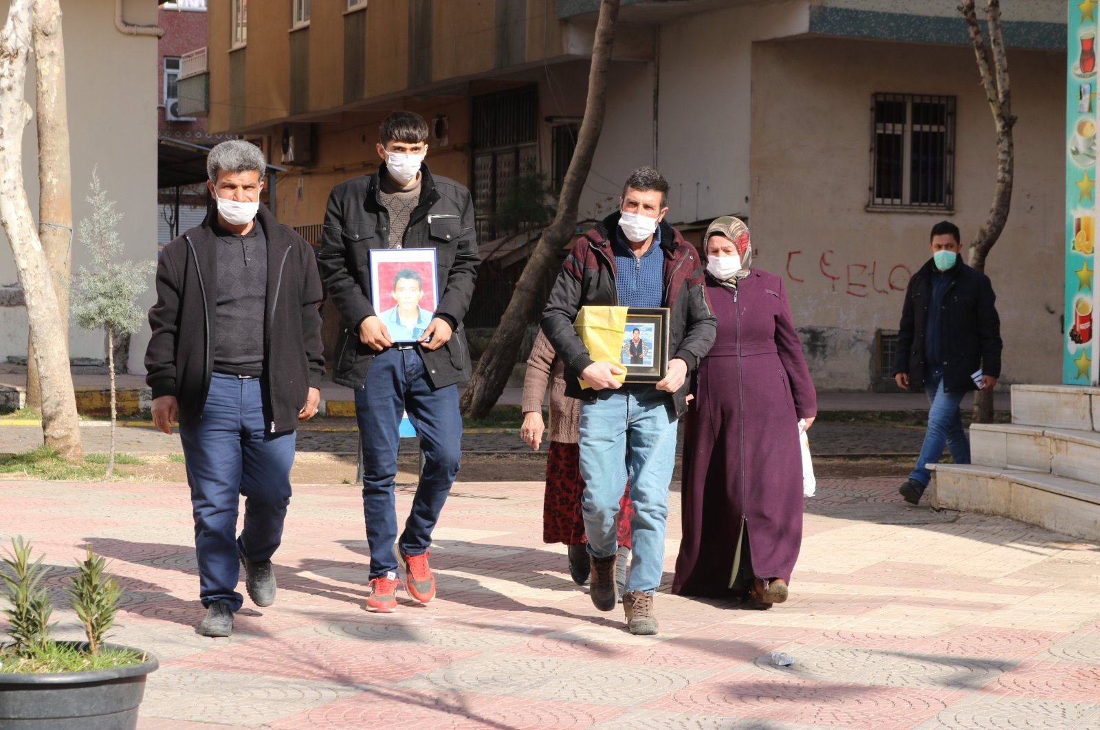 Two more families join the sit-in protest against the PKK in Diyarbakır province, southeastern Turkey, Feb. 8, 2021. (IHA Photo)