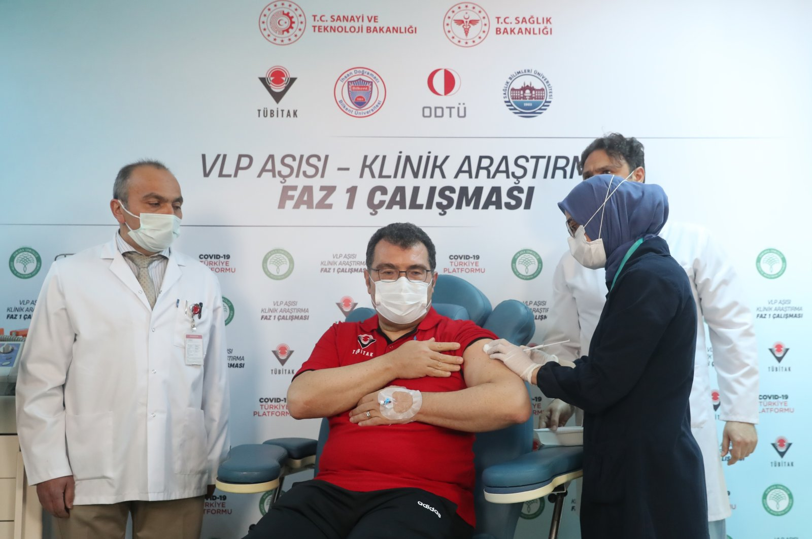 Scientific and Technological Research Council of Turkey (TÜBITAK) President Hasan Mandal receives a dose in the Phase 1 trial of a vaccine, in the capital Ankara, Turkey, April 17, 2021. (AA PHOTO)