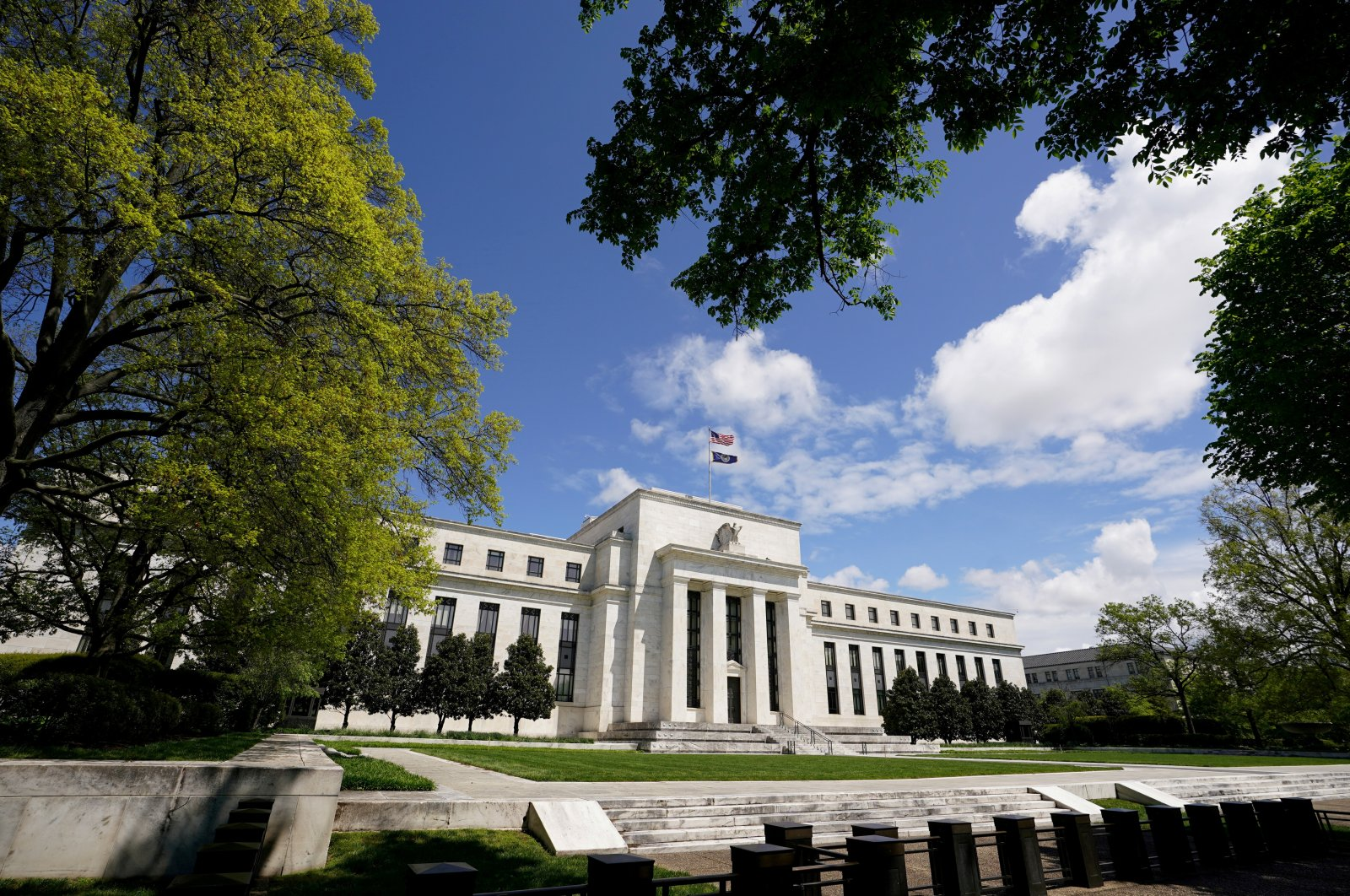 The Federal Reserve (Fed) building is set against a blue sky in Washington, D.C., U.S., May 1, 2020. (Reuters Photo)