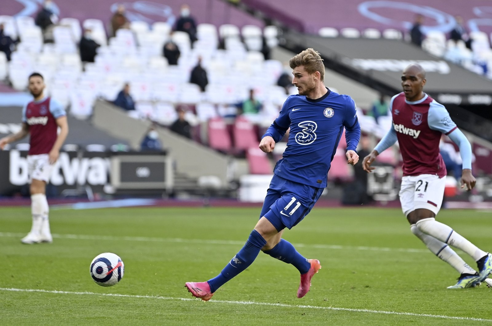 Chelsea's Timo Werner (C) in action during a Premier League match against West Ham United, London, Britain, April 24, 2021. (EPA Photo)