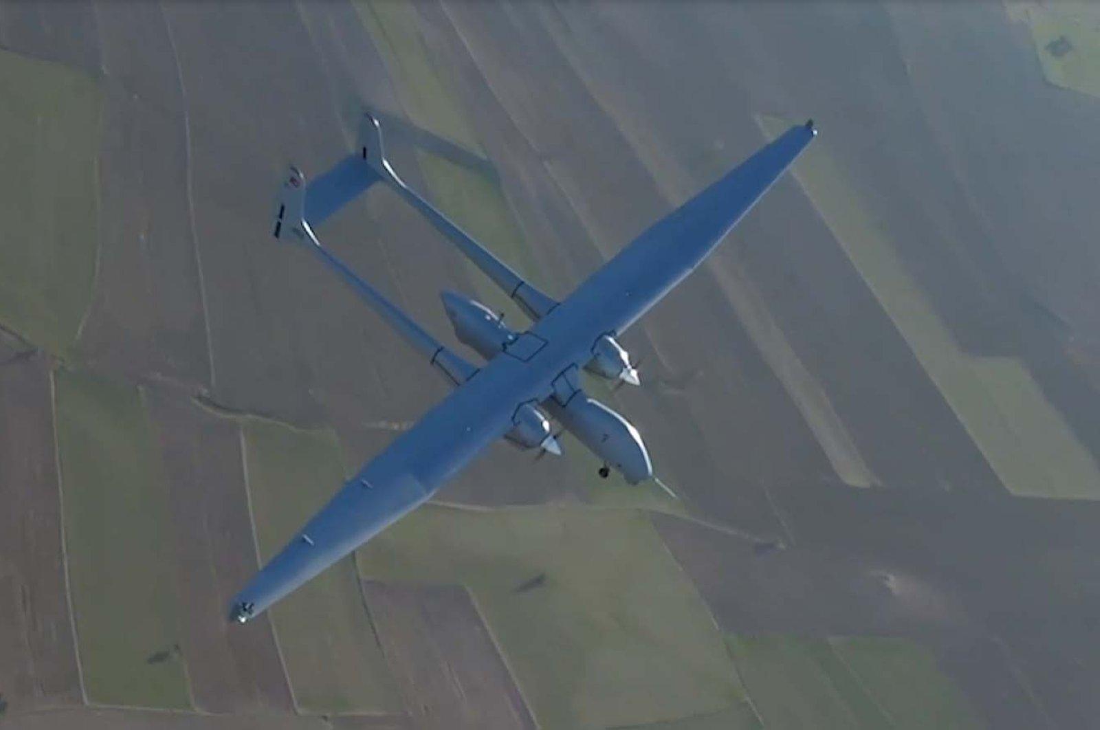 The Aksungur UAV is seen in the air, April 25, 2021. (DHA Photo)