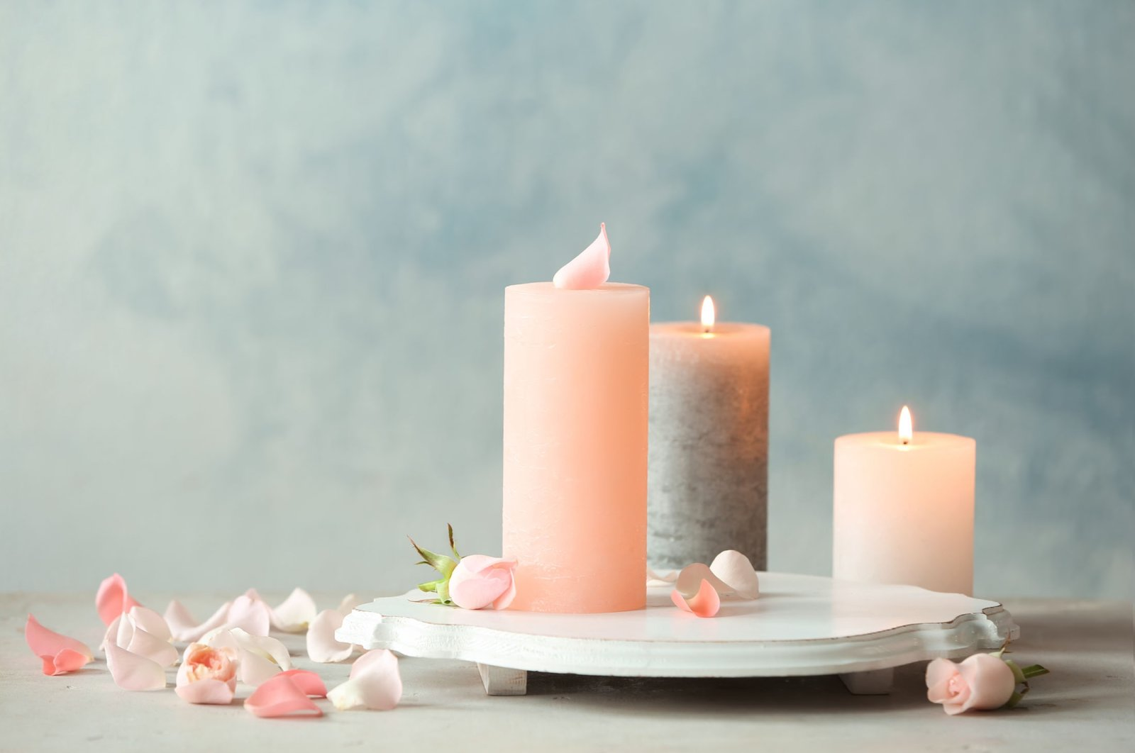 Scents are very personal; something you may find pleasant could be headache-inducing for others. (Shutterstock Photo)