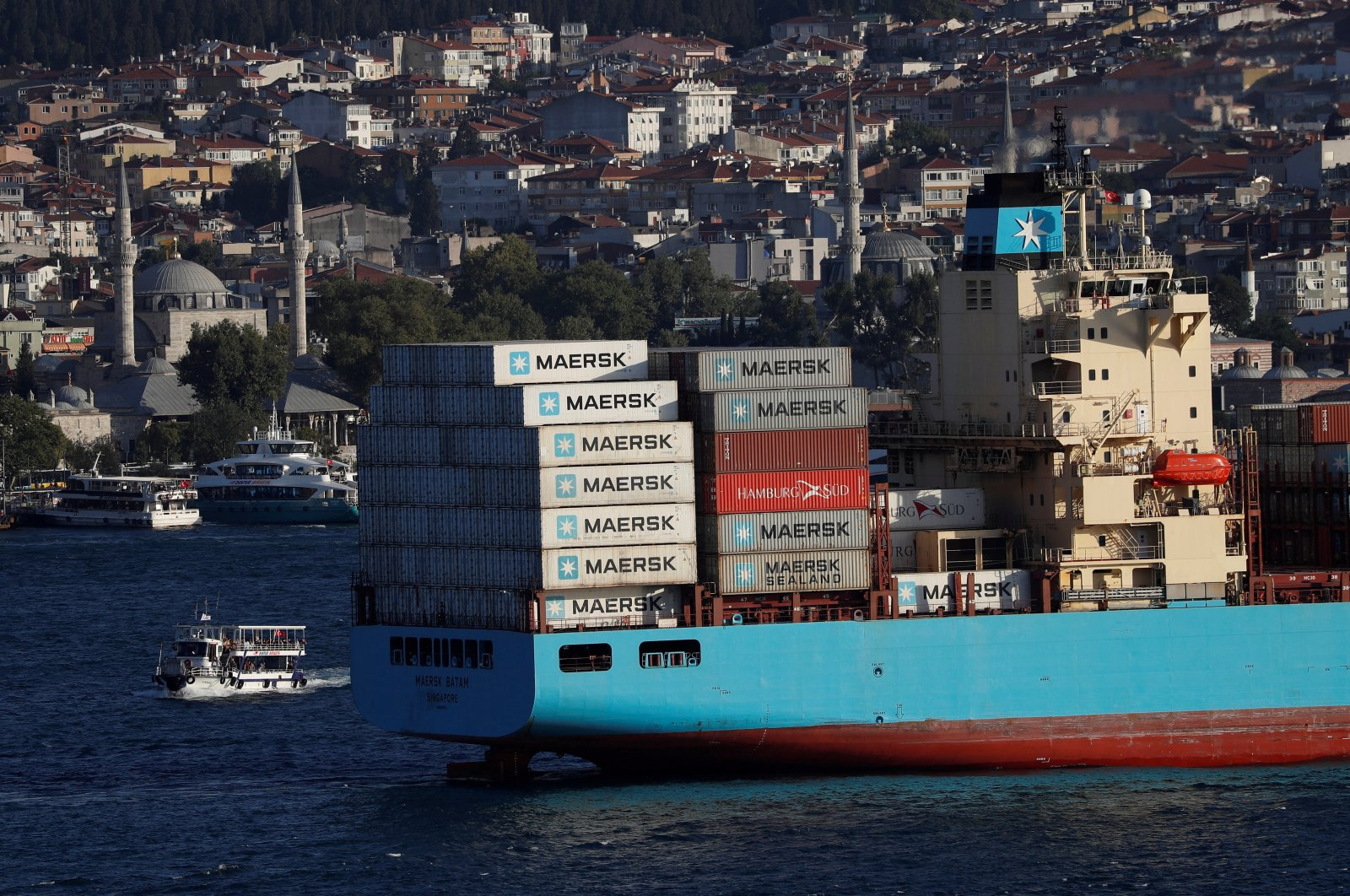 The Maersk Line container ship, Maersk Batam, sails in the Bosporus, on its way to the Mediterranean Sea, Istanbul, Turkey August 10, 2018. (Reuters Photo)