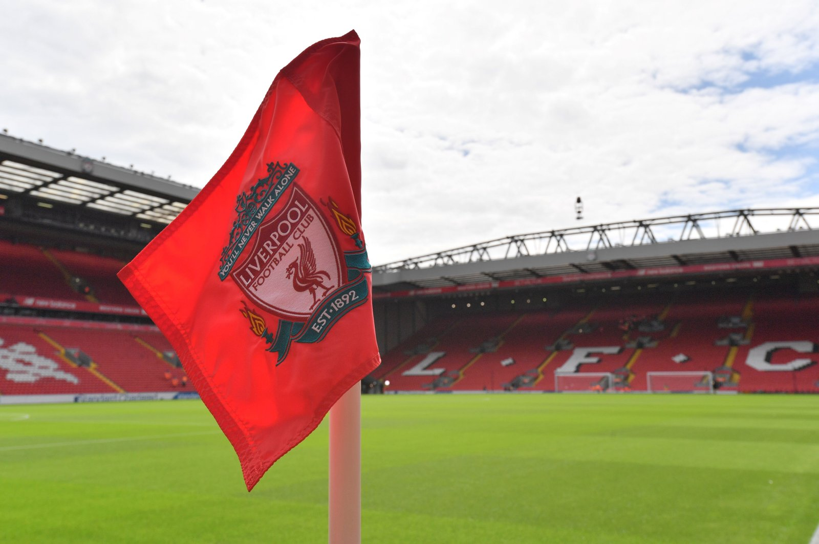 A corner flag displaying Liverpool's club crest at Anfield, Liverpool, Britain, August 27, 2017. (AFP Photo)