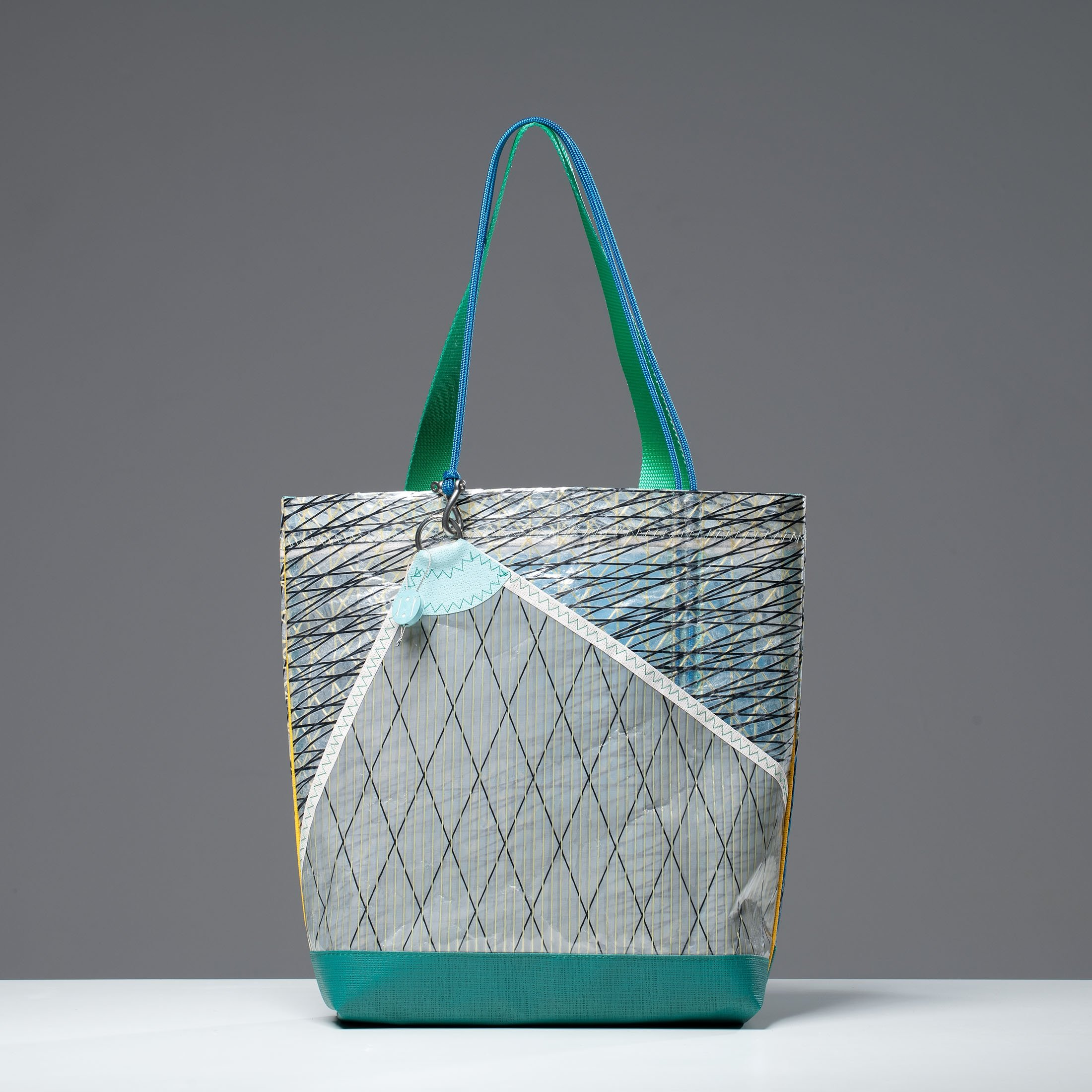 One of the bags Huner the Brand created from old sailcloth. (Photo courtesy of Hüner Aldemir)