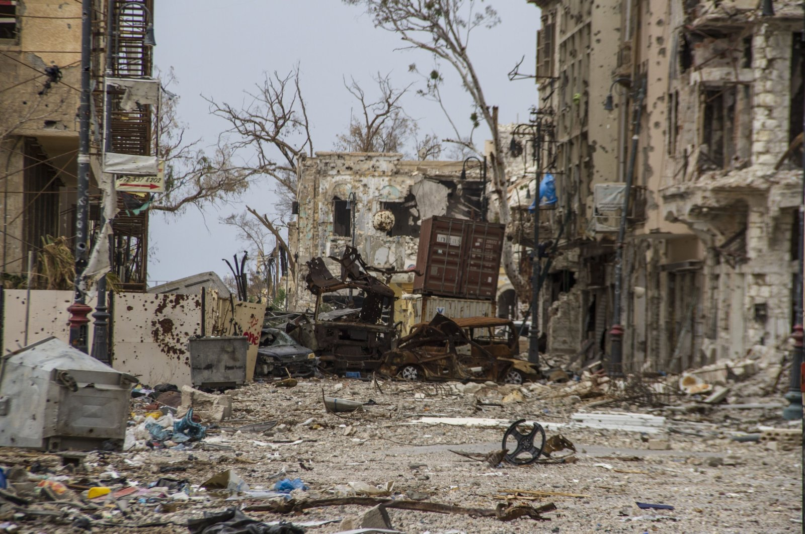 Damaged homes on a street in Benghazi, Libya, March 24, 2015. (AP File Photo)