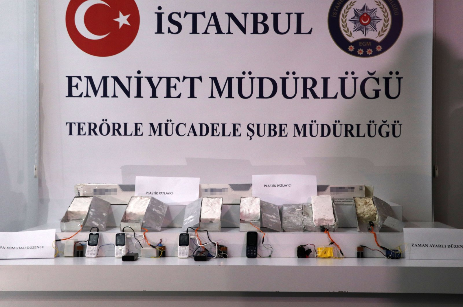 Turkish police display seized explosives belonging to PKK terrorist group in Istanbul, Turkey, April 29, 2021. (IHA Photo)