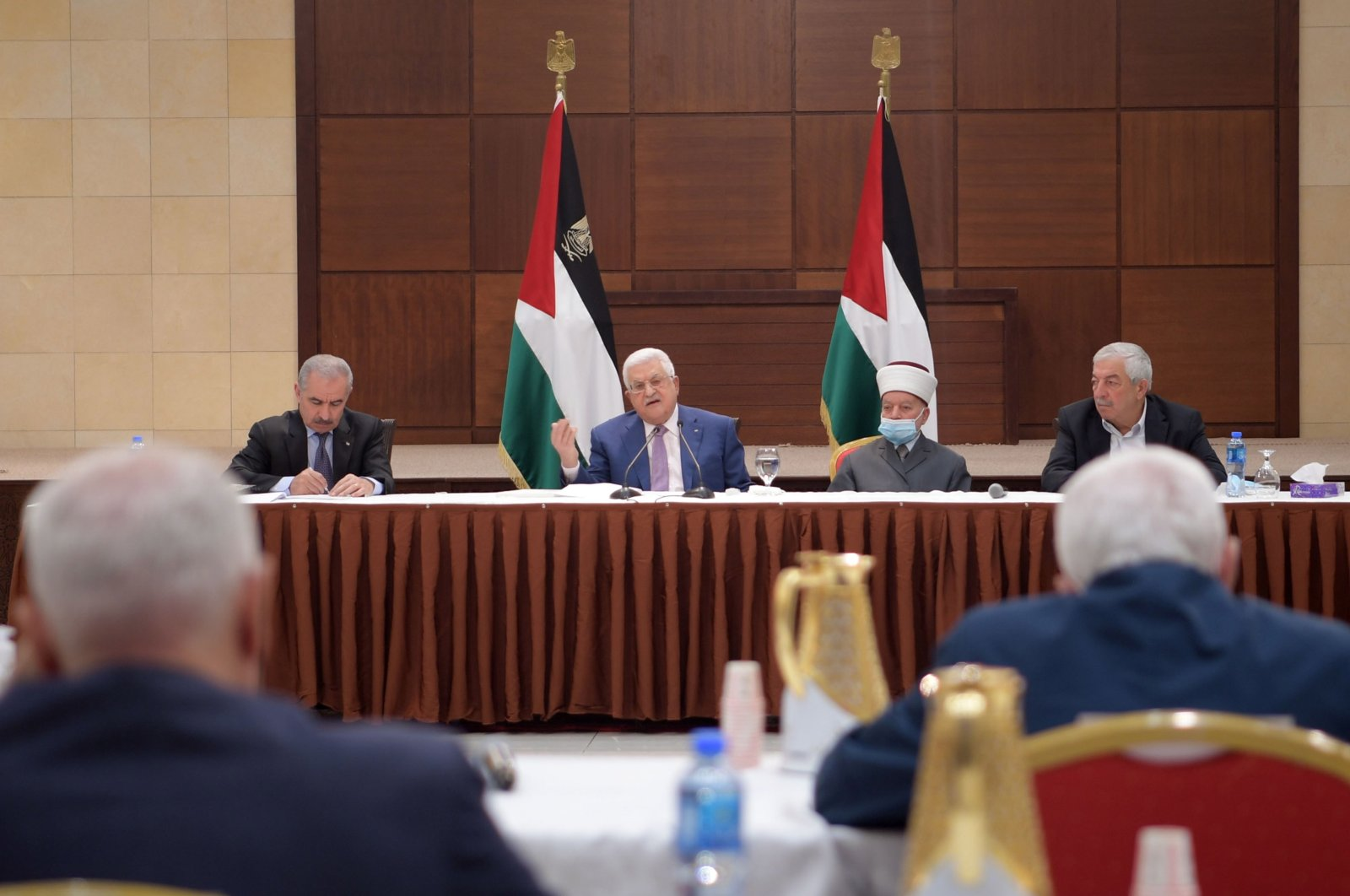 Palestinian President Mahmoud Abbas (C) heading a meeting for the Palestinian leadership, Ramallah, West Bank, Palestine, April 29, 2021. (Handout photo made available by the Palestinian president's office/EPA Photo)
