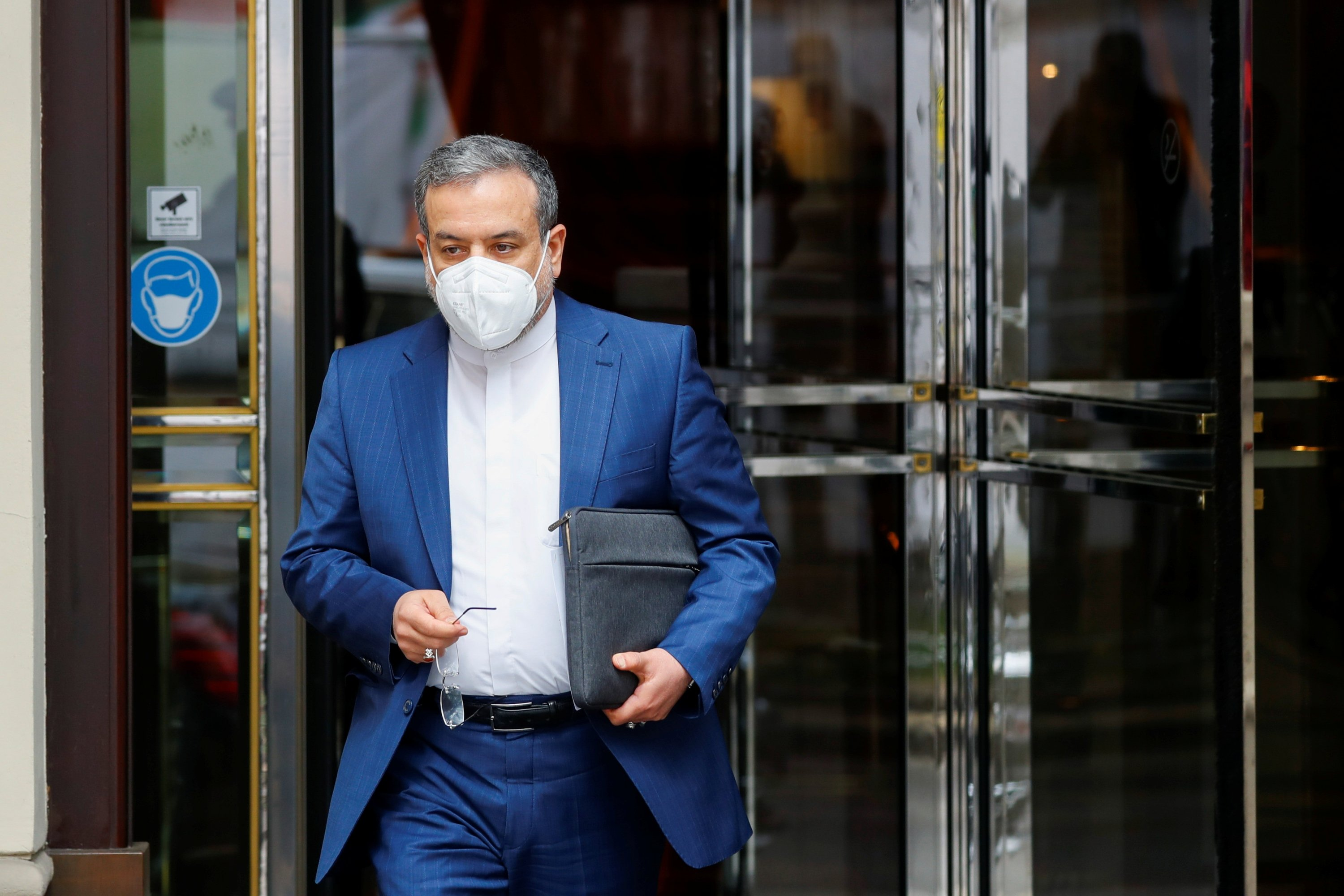 Iranian Deputy at the Ministry of Foreign Affairs Abbas Araghchi leaves a hotel ahead of the meeting of the JCPOA Joint Commission, in Vienna, Austria, April 27, 2021. (Reuters Photo)