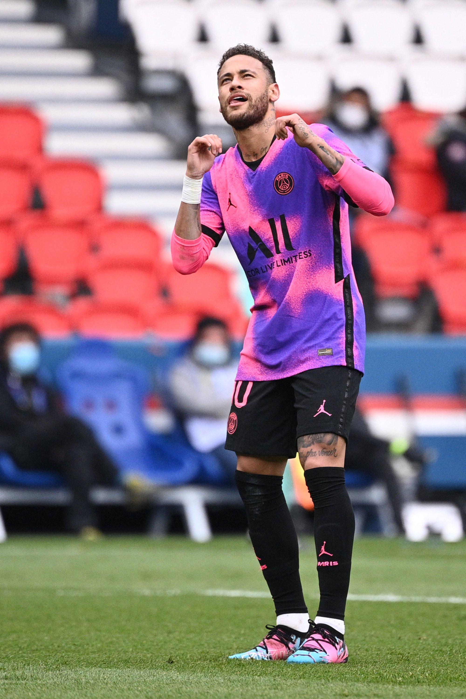 Paris Saint-Germain's Brazilian forward Neymar celebrates after scoring a goal against RC Lens at the Parc des Princes stadium, Paris, France, May 1, 2021. (AFP Photo)