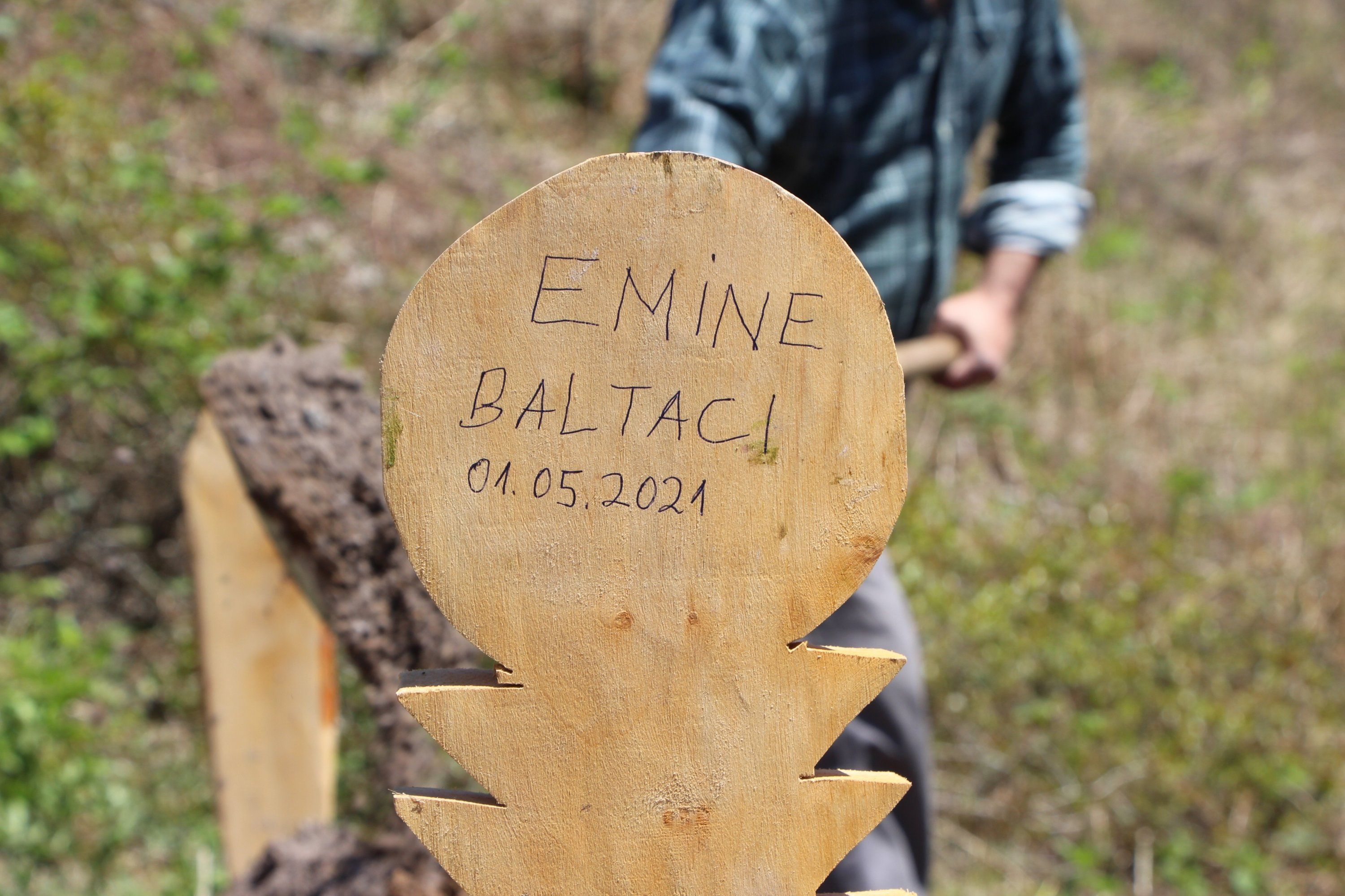 The grave of Emine Baltacı is seen in Trabzon, Turkey, May 2, 2021. (IHA Photo)