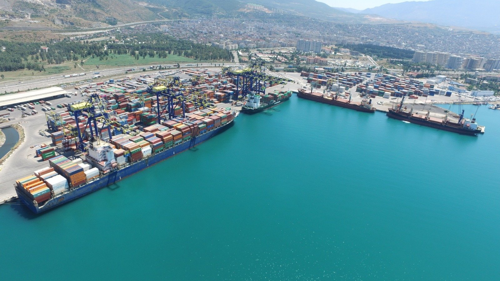 The water is still at the LimakPort Iskenderun International Port in Hatay province, southern Turkey, Aug. 12, 2020. (AA Photo)