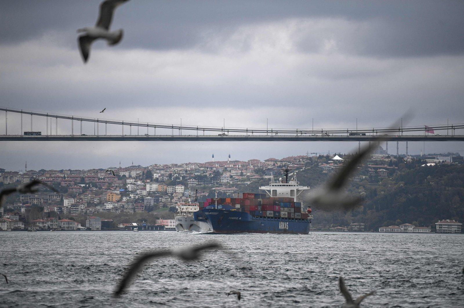 A container ship sails through the Bosporus, Istanbul, Turkey, April 23, 2021. (AFP Photo)