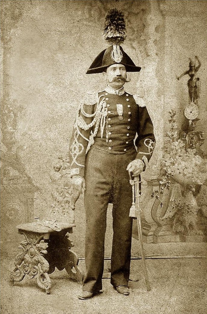 A photo of a Carabiniere officer around 1875.