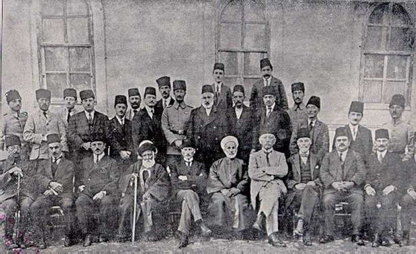 A photo of the members of the Sivas Congress in September 1919.