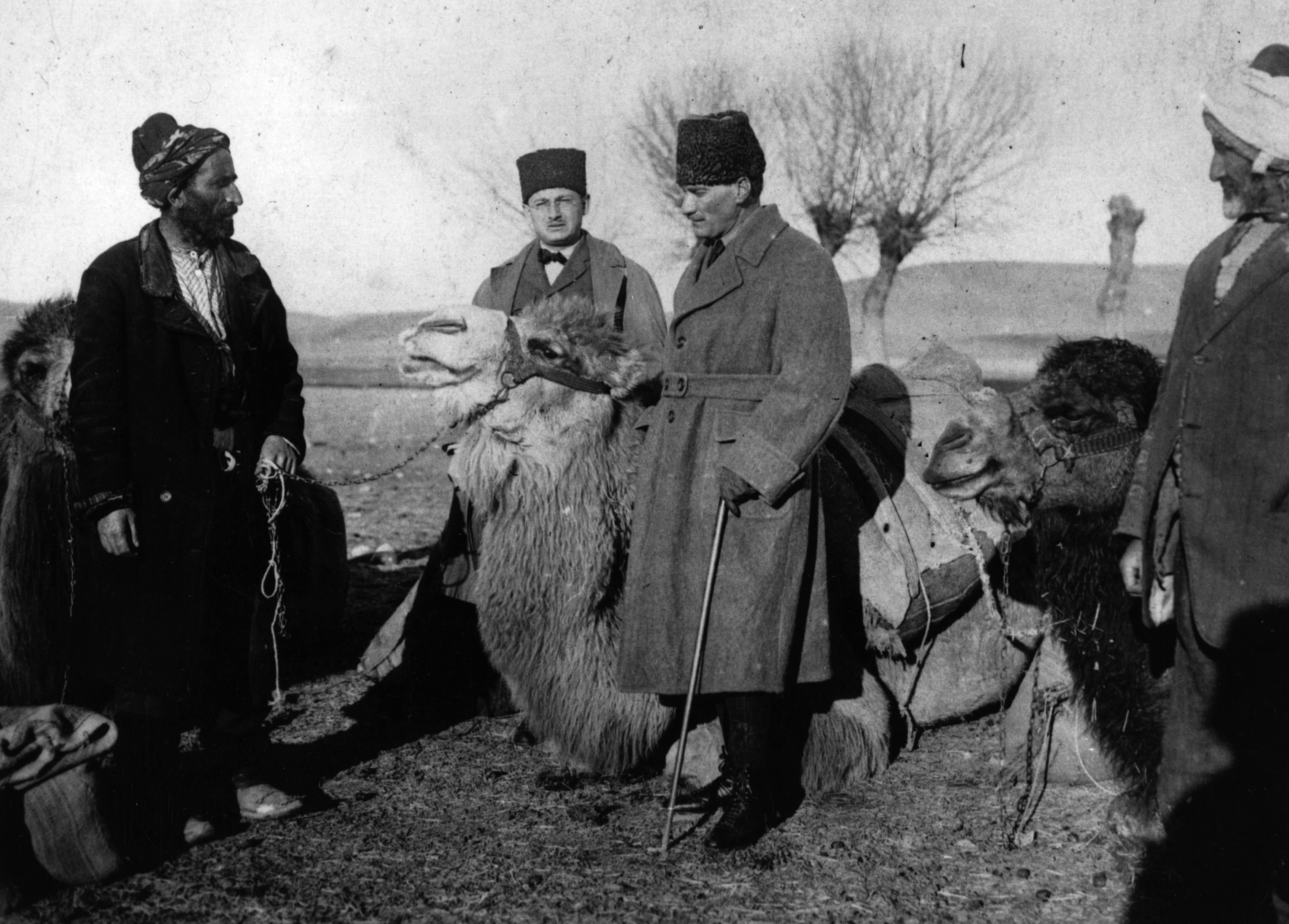 Mustafa Kemal Pasha with camel drivers during the Turko-Greek War in 1922. (Getty Images)
