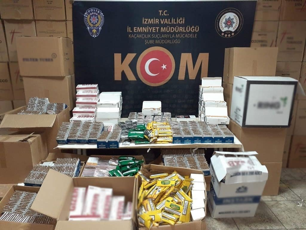 Illegal tobacco with a market value of TL 6 million seized by police in the Konak district of Izmir, Turkey, on April 27, 2021. (DHA Photo)