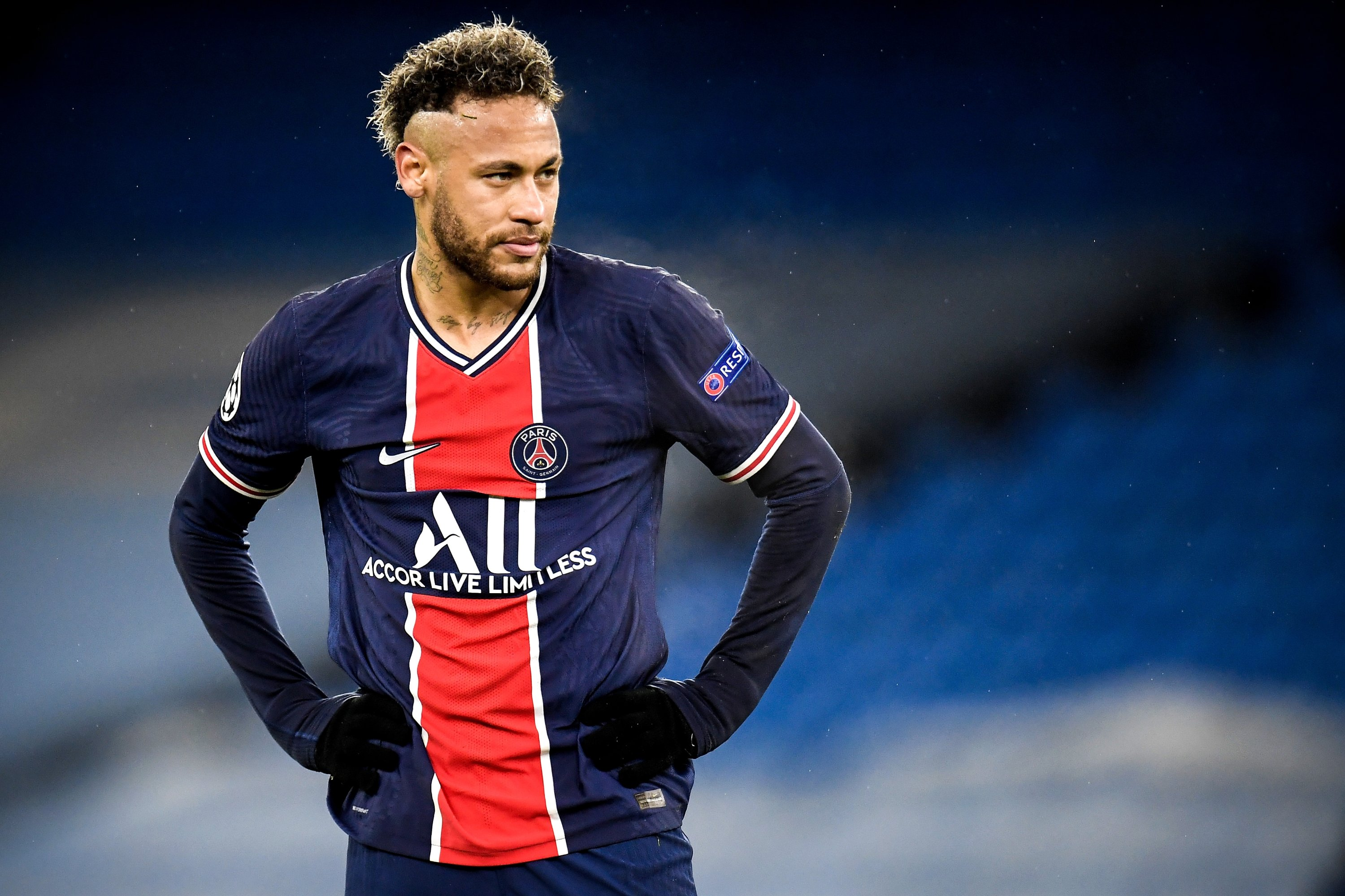 Neymar agrees on contract extension until 2025 with PSG | Daily Sabah