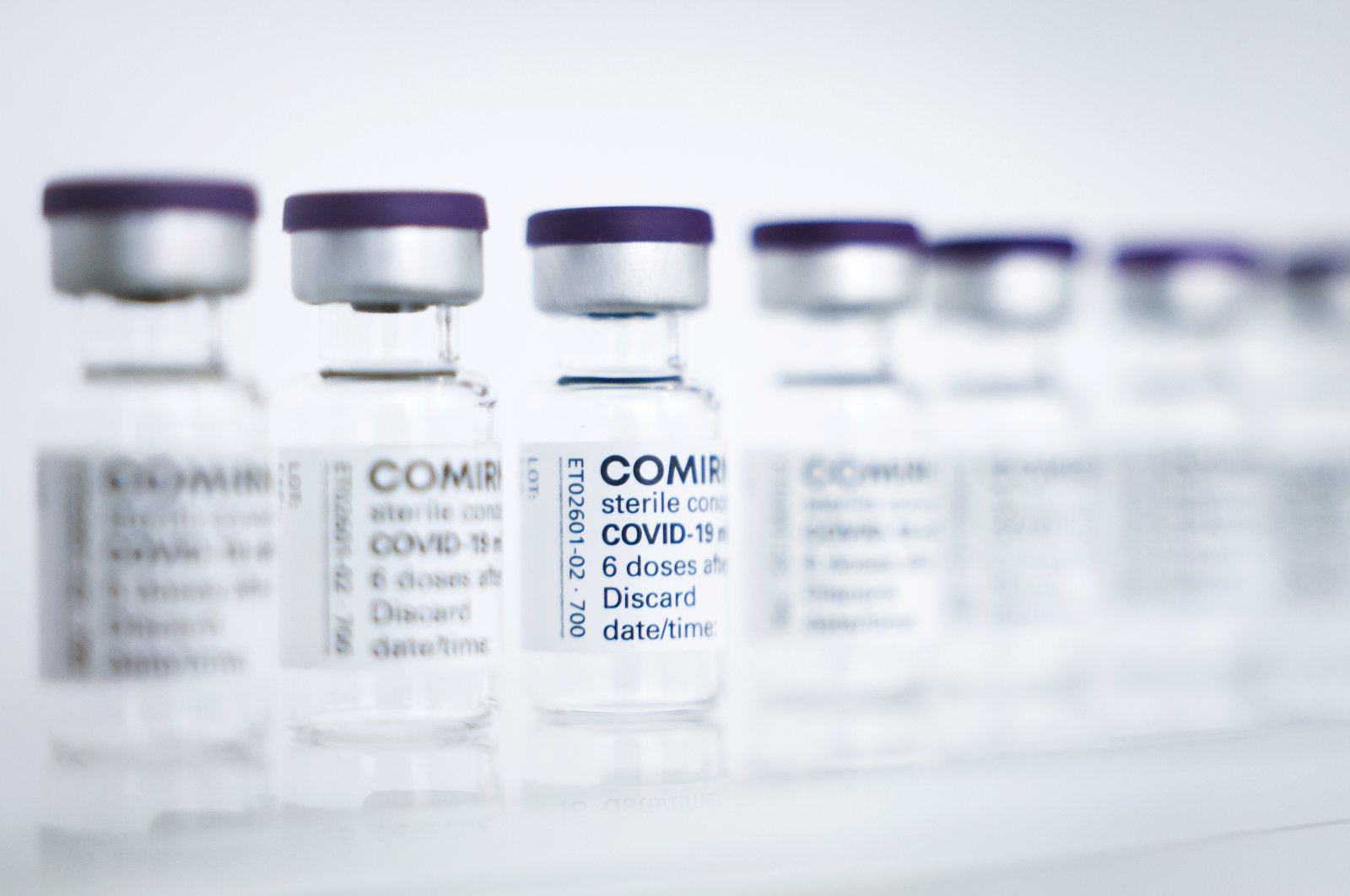 Vials for the Pfizer-BioNTech vaccine are lined up at production facilities in Reinbek near Hamburg, Germany, April 30, 2021. (EPA Photo)