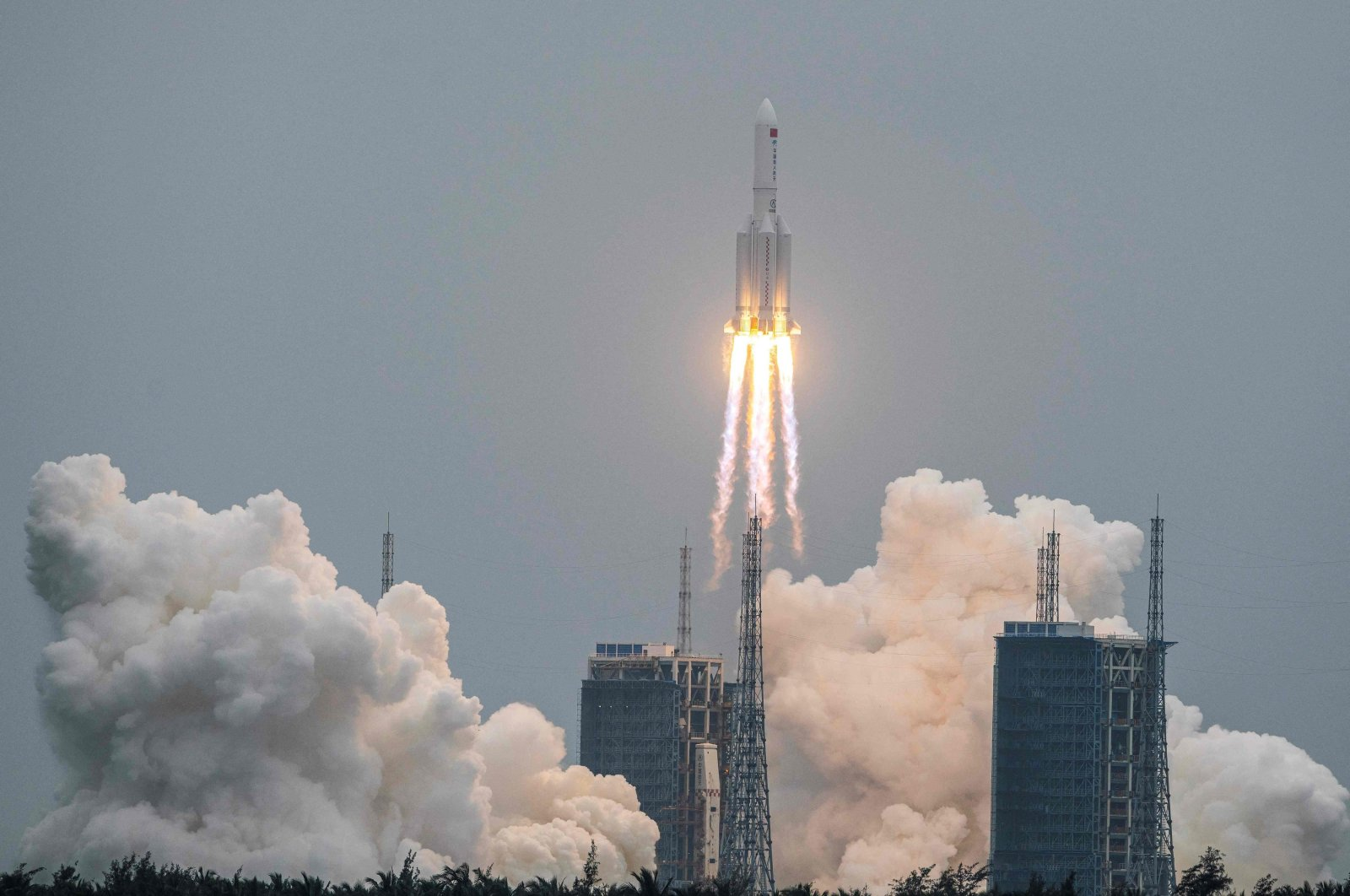 The Long March 5B rocket carrying China's Tianhe space station core module lifts off from Wenchang Space Launch Center in southern China's Hainan province, April 29, 2021. (AFP Photo)