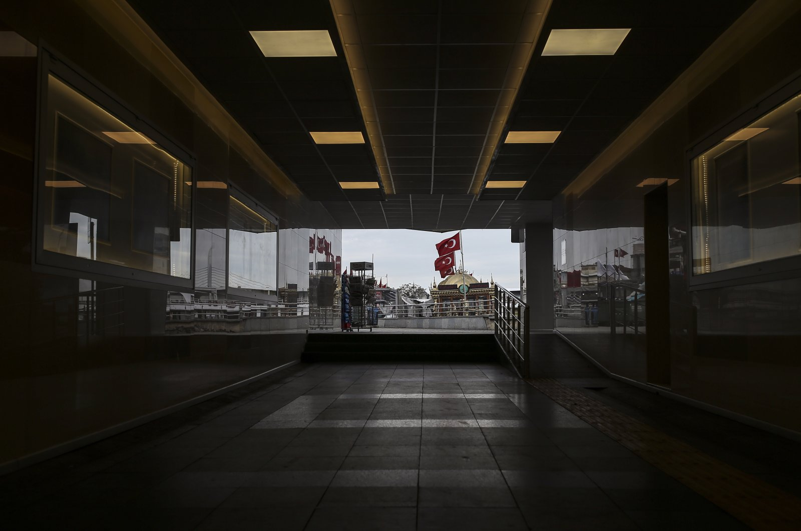 An underpass of the Eminönü market, an area usually packed with shop goers, but currently nearly deserted due to the strict lockdown to help curb the spread of the coronavirus, in Istanbul, Turkey, May 8, 2021. (AP Photo)