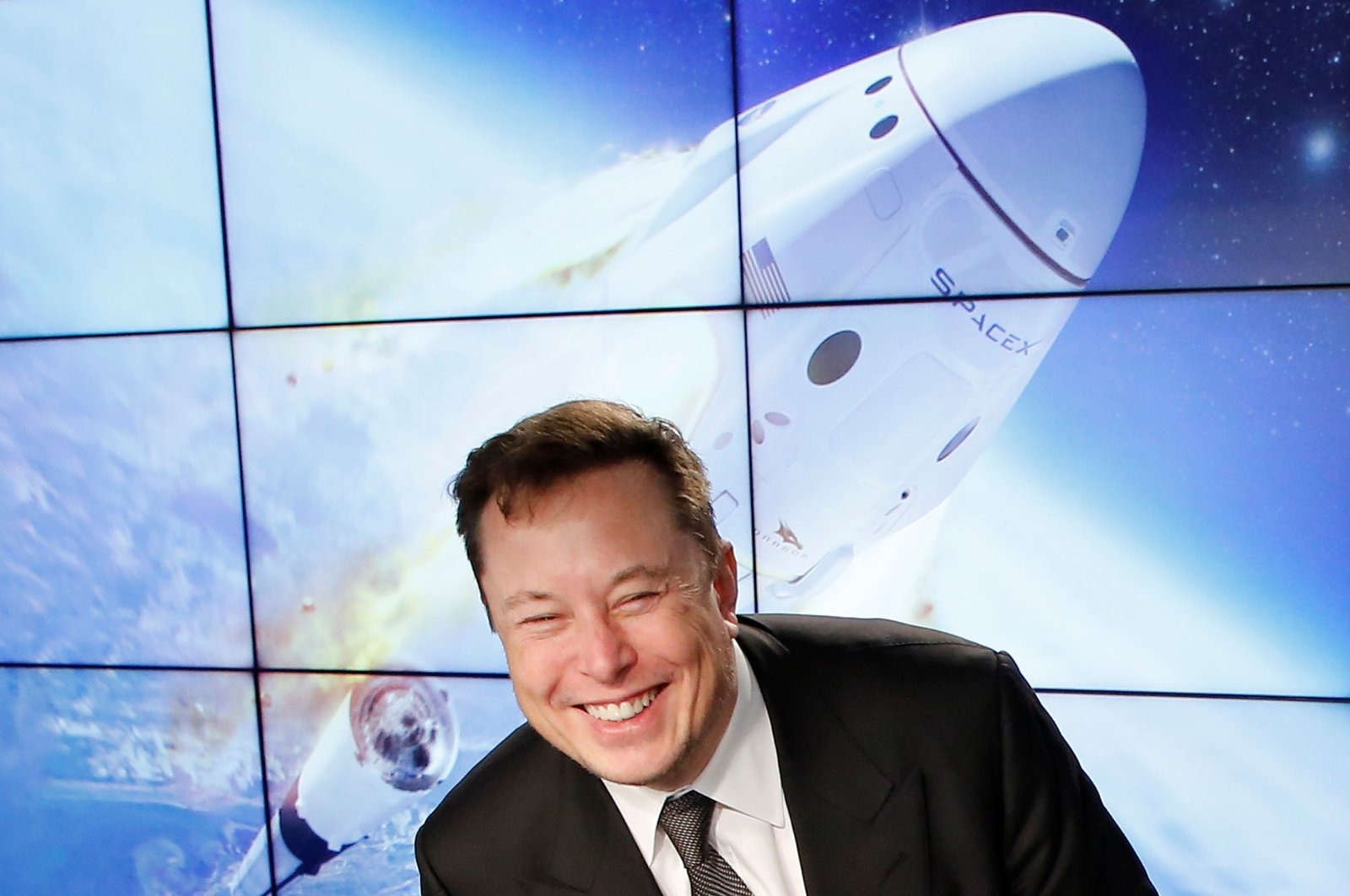 SpaceX founder Elon Musk reacts at a post-launch news conference to discuss the SpaceX Crew Dragon astronaut capsule in-flight abort test at the Kennedy Space Center in Cape Canaveral, Florida, U.S. Jan. 19, 2020. (Reuters File Photo)