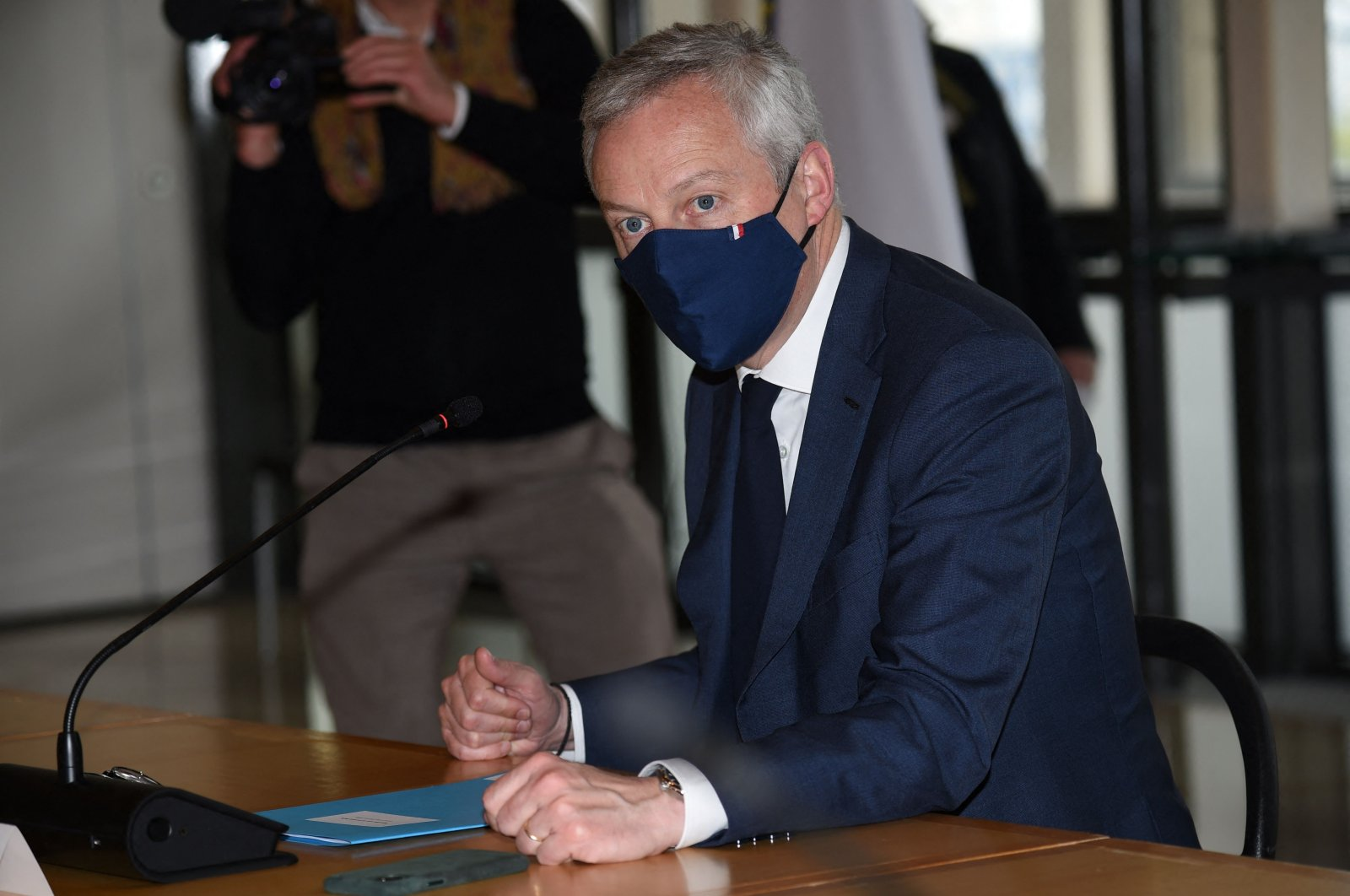 French Finance and Economy Minister Bruno Le Maire speaks with hotel, restaurant and cafe representatives during a meeting at the Finance Ministry, Paris, France, May 3, 2021. (AFP Photo)