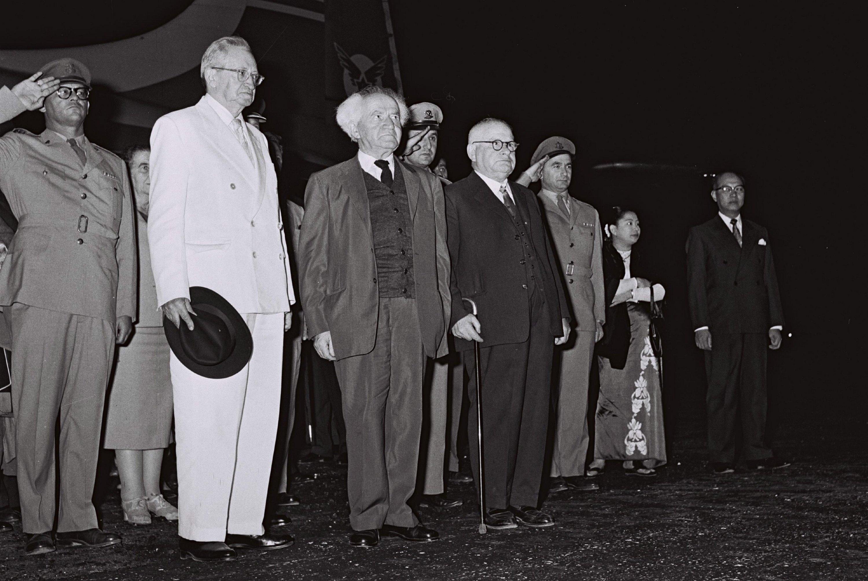 Israeli President Yitzhak Ben-Zvi (L), Prime Minister David Ben-Gurion (C) and Gen. Haim Laskov at Tel Aviv airport in Israel in 1959. (Getty Images)