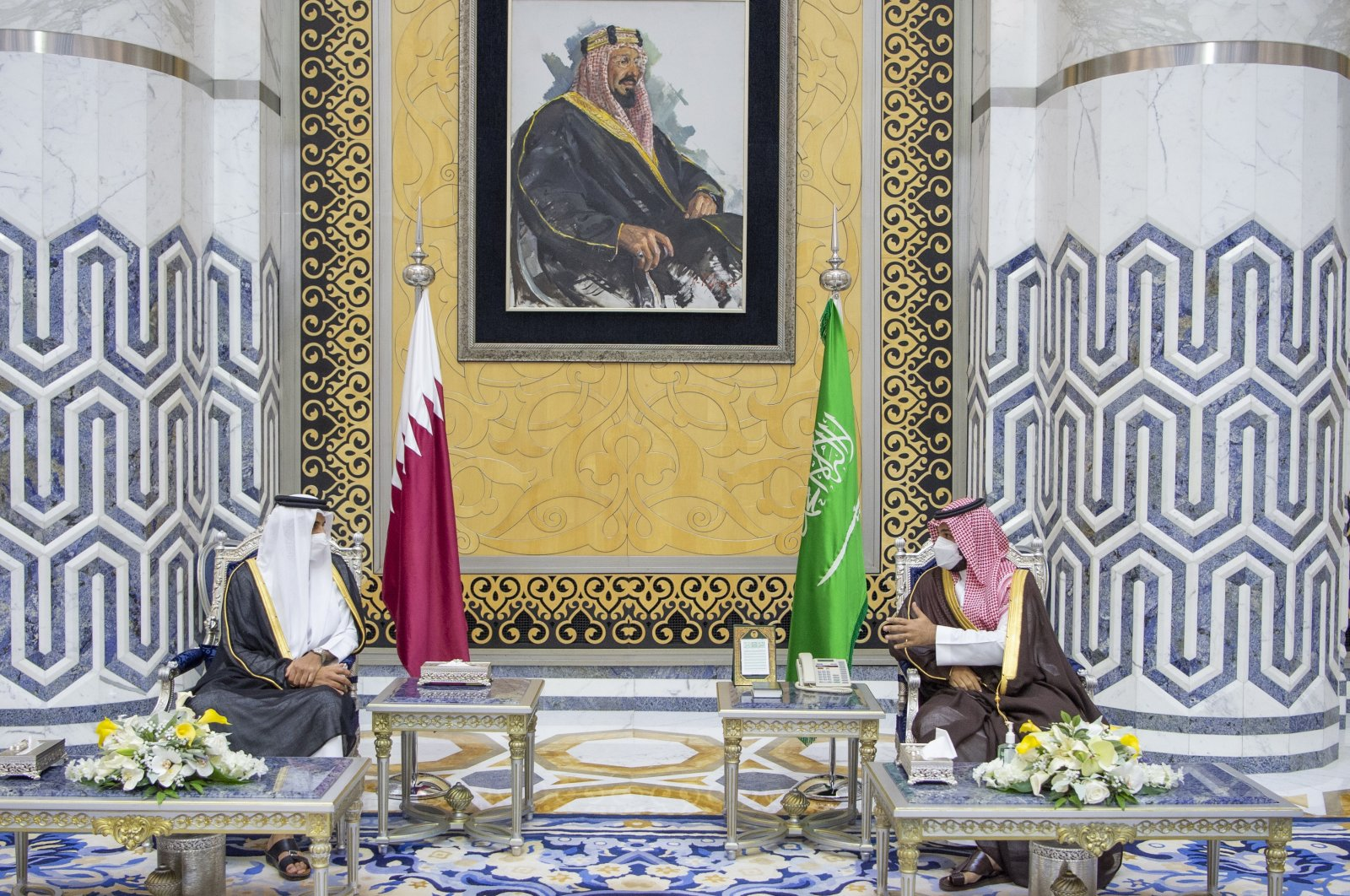Saudi Crown Prince Mohammed bin Salman (R) meets with Qatar's Emir Sheikh Tamim bin Hamad Al Thani in the Red Sea city of Jiddah, Saudi Arabia, May 10, 2021. (Saudi Royal Palace via AP)