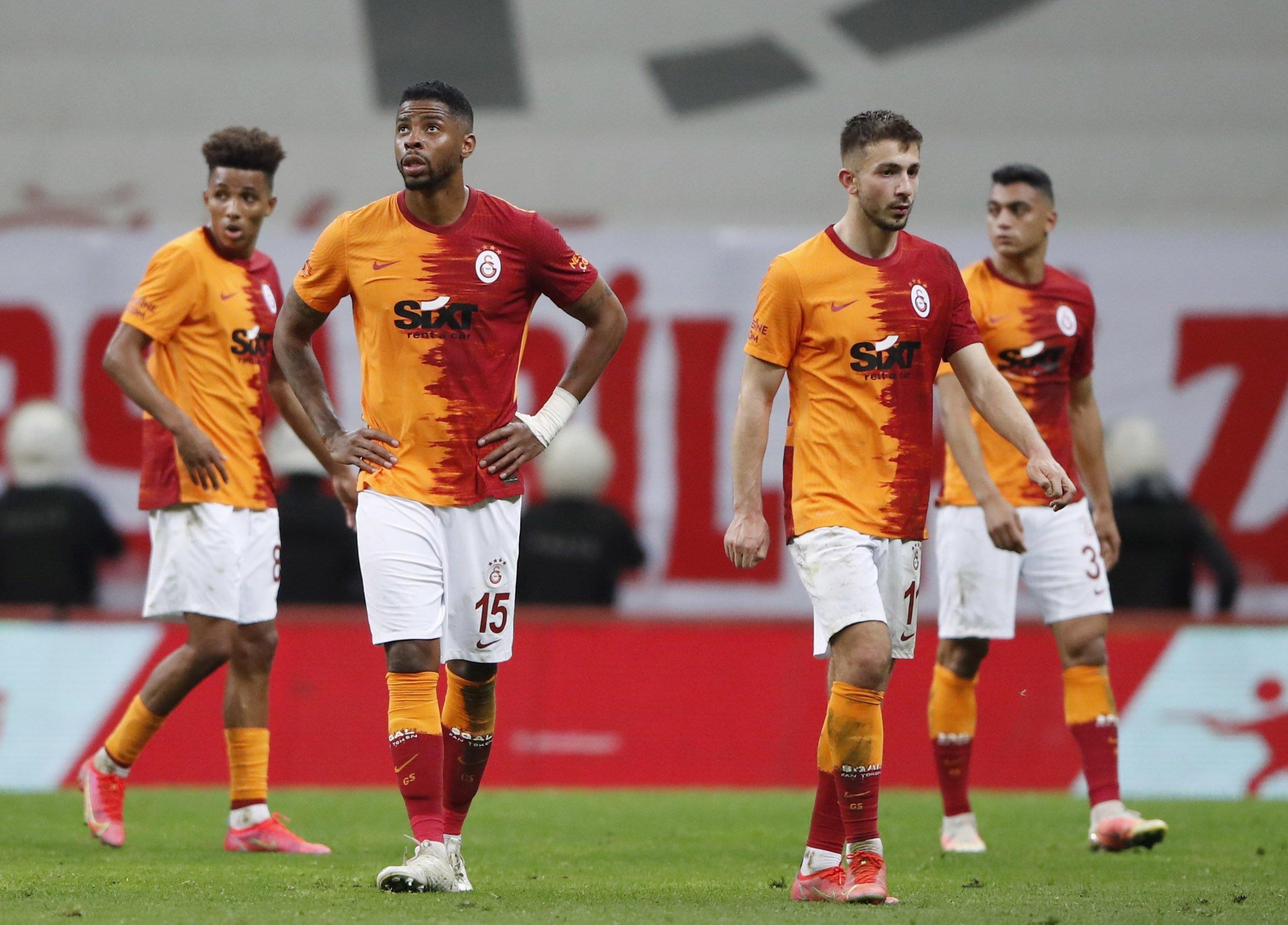 Galatasaray players react after the Turkish Süper Lig match against Yeni Malatyaspor at Türk Telekom Stadium, Istanbul, Turkey, May 15, 2021. (Reuters Photo)