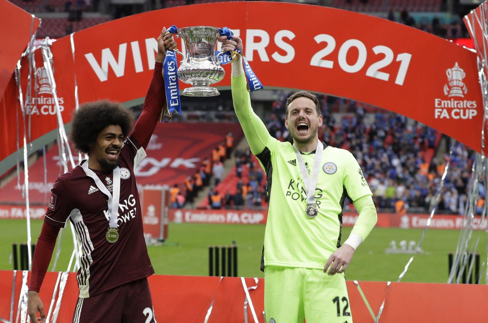 Leicester's Hamza Choudhury (L) and goalkeeper Danny Ward (R) winning the English FA Cup at the Wembley Stadium, London, Britain, May 15, 2021. (EPA Photo)