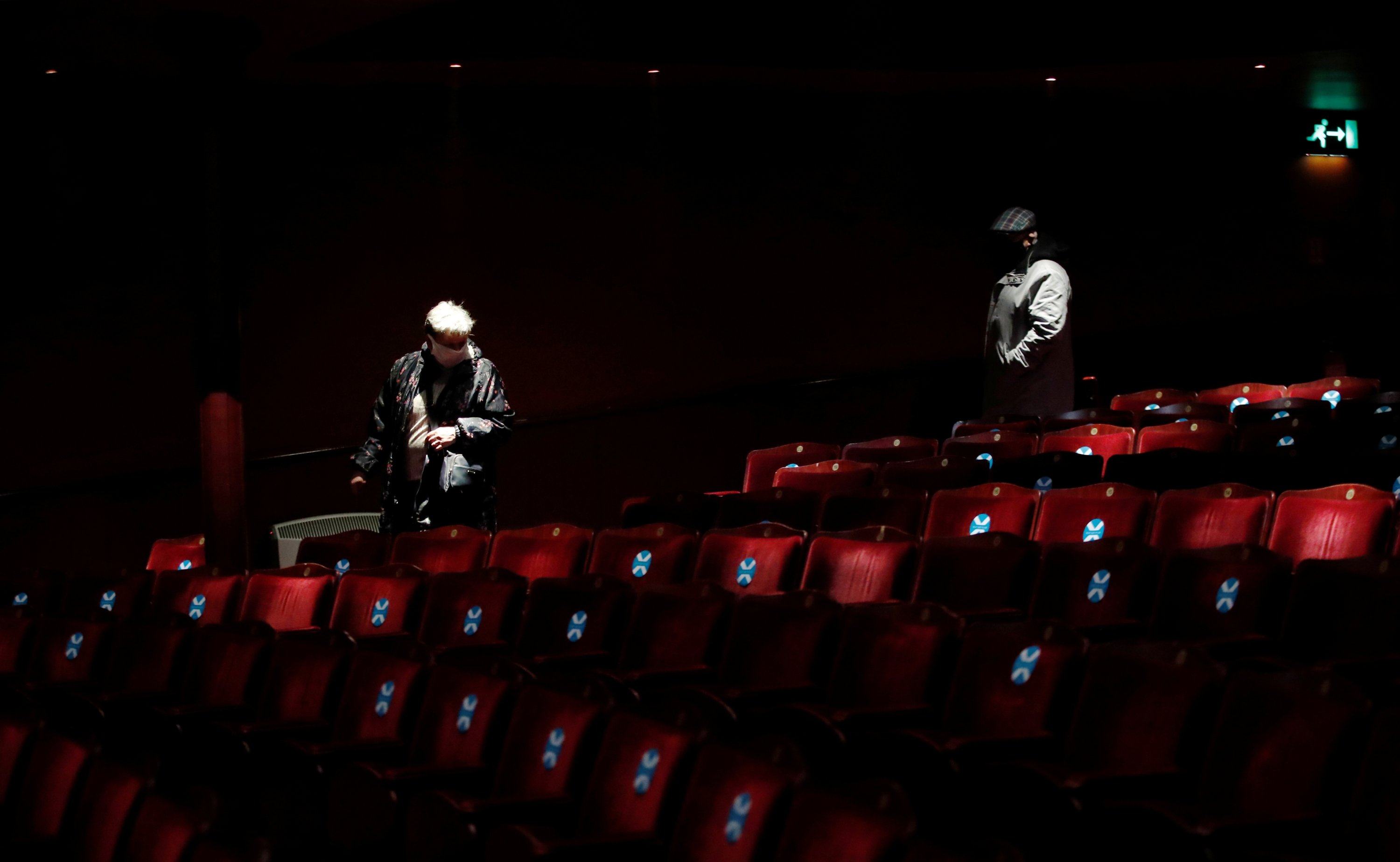 Audience members arrive at the Royal & Derngate ahead of the start of the National Youth Theatre's co-production of 'Animal Farm' as COVID-19 restrictions continue to ease, in Northampton, U.K., May 17, 2021. (Reuters Photo)