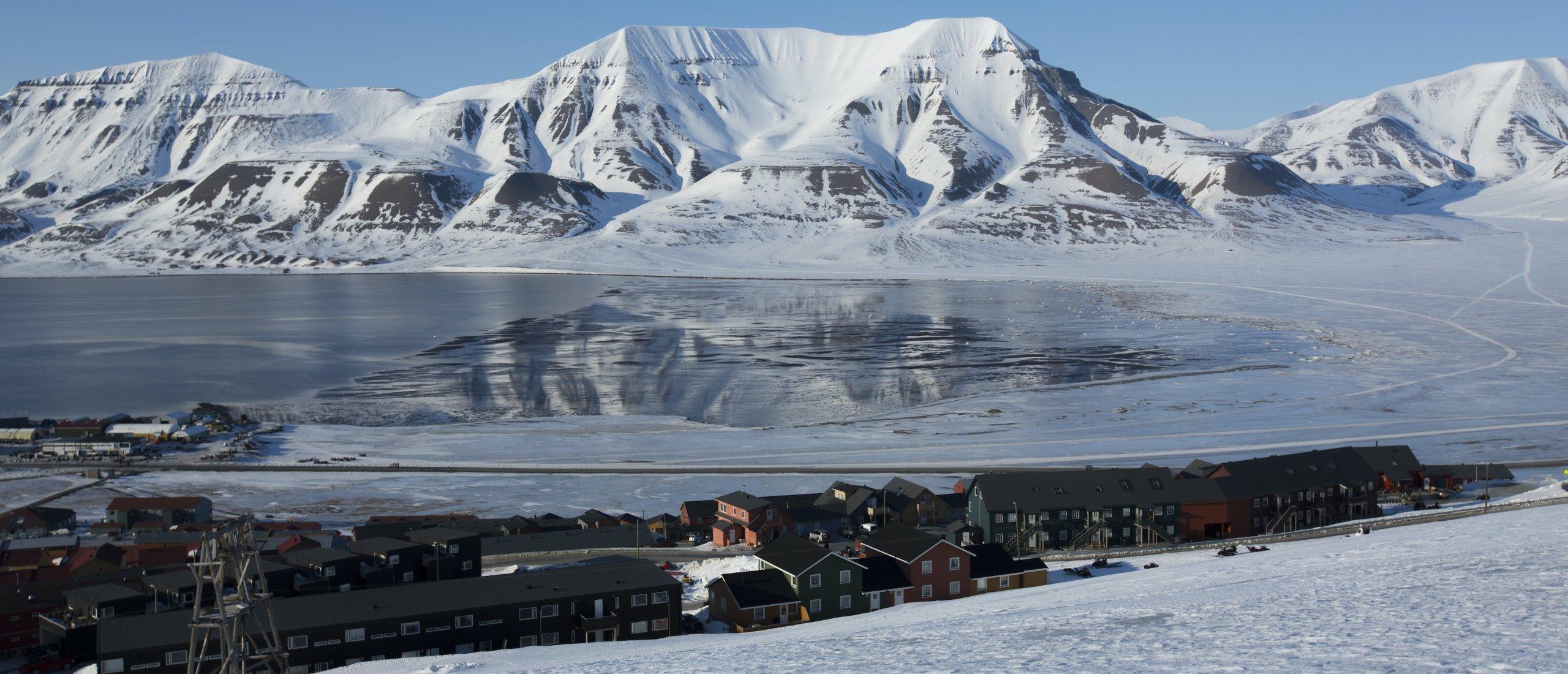 """A still shot from """"Longyearbyen, a Bipolar City"""" by Manuel Deiller and Nina Ardoin."""