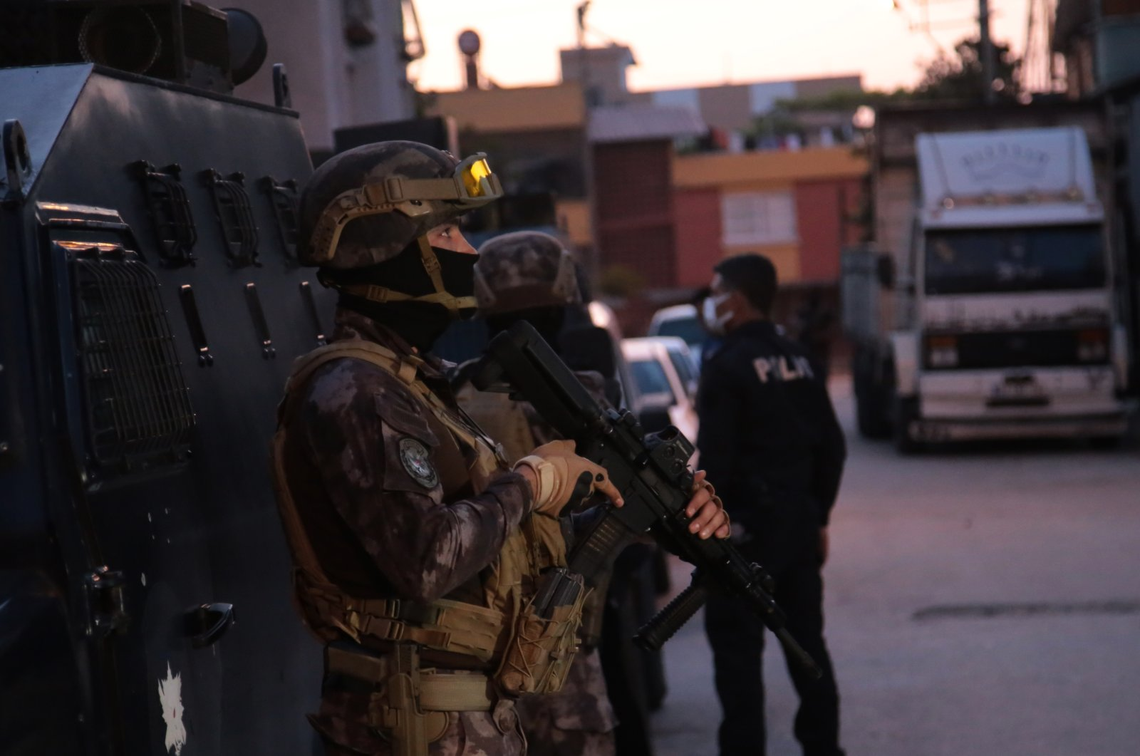 Special operations squads conduct a counterterrorism operation in Adana province, southern Turkey, May 19, 2021. (AA Photo)