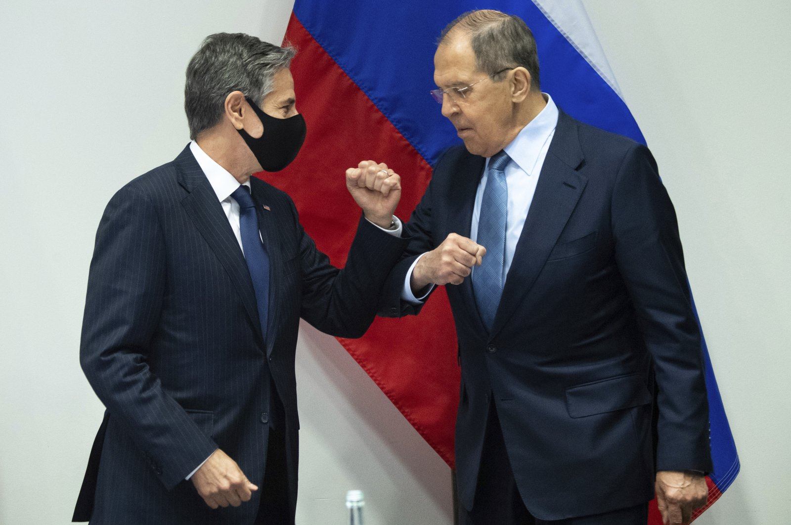 U.S. Secretary of State Antony Blinken (L) greets Russian Foreign Minister Sergey Lavrov as they arrive for a meeting on the sidelines of the Arctic Council Ministerial Summit at the Harpa Concert Hall in Reykjavik, Iceland, May 19, 2021. (AP Photo)