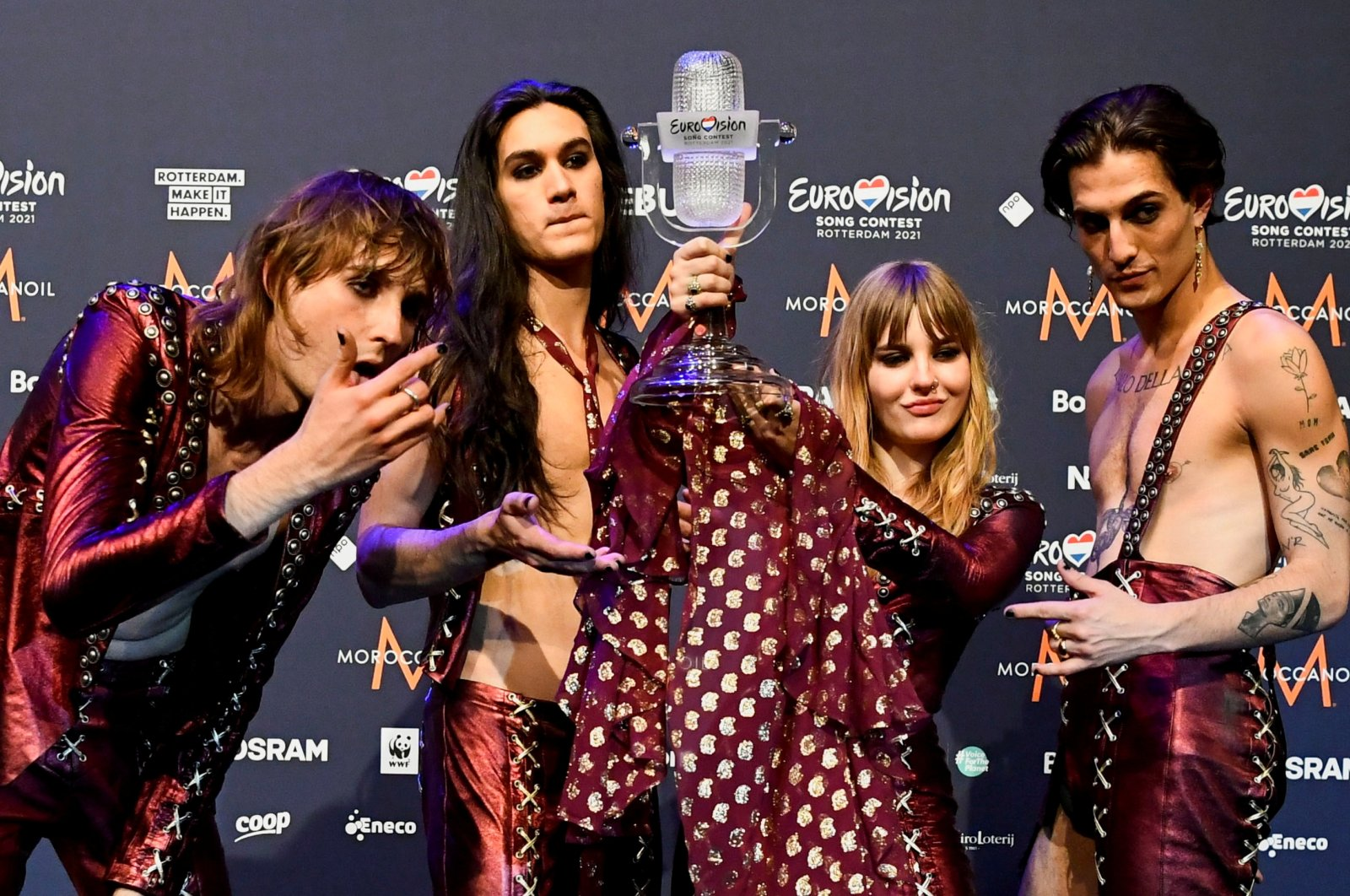Maneskin of Italy pose with the trophy following a news conference after winning the 2021 Eurovision Song Contest, in Rotterdam, Netherlands, May 23, 2021. (REUTERS Photo)