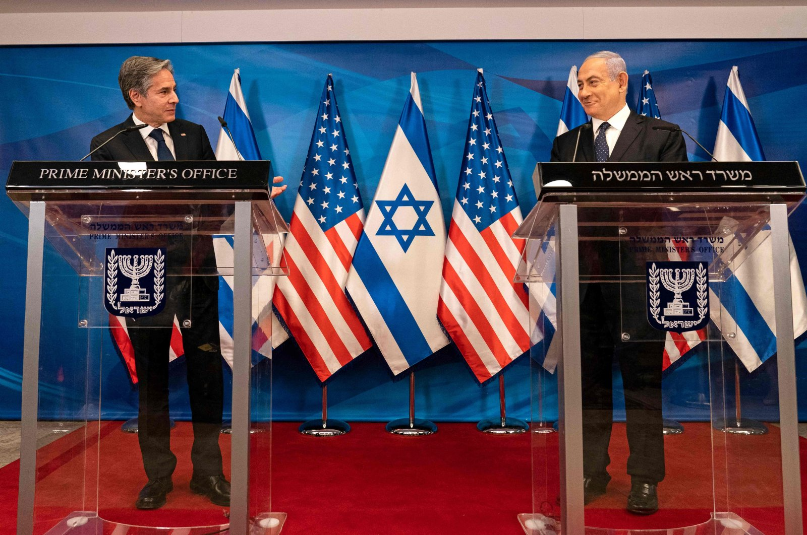 Israeli Prime Minister Benjamin Netanyahu (R) and U.S. Secretary of State Anthony Blinken hold a joint press conference in Jerusalem on May 25, 2021. (AFP Photo)