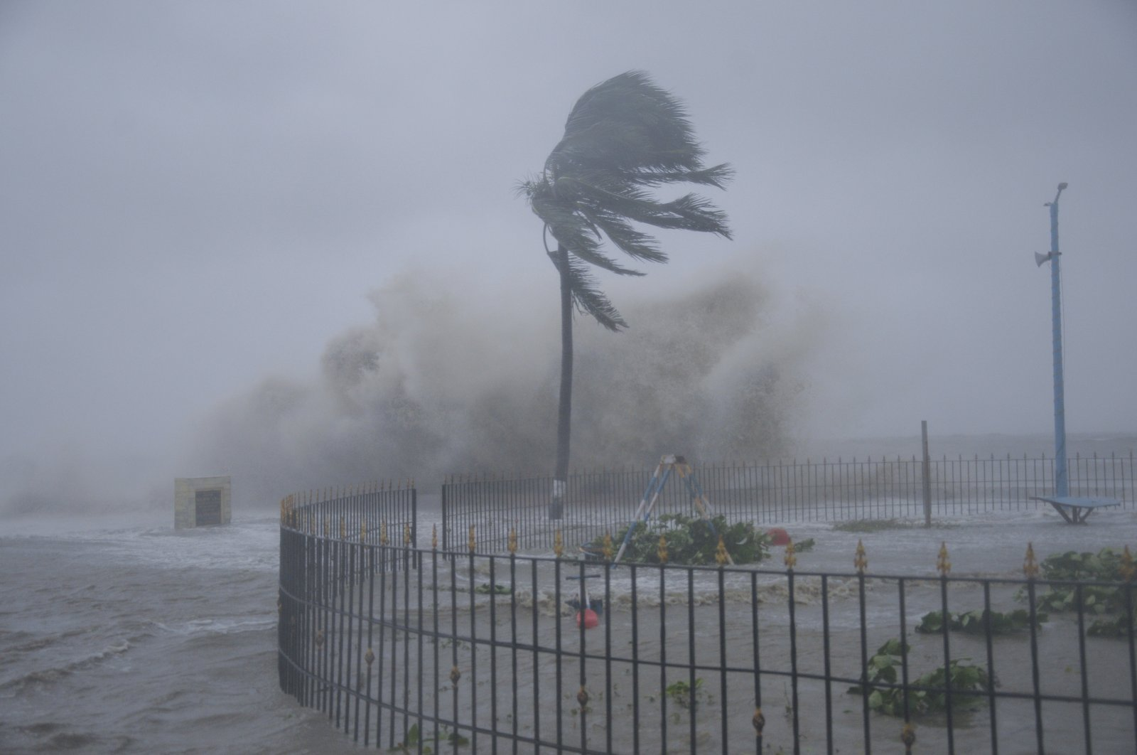 Heavy winds and sea waves hit the shore at Digha beach on the Bay of Bengal coast as Cyclone Yaas intensifies in West Bengal state, India, May 26, 2021. (AP Photo)