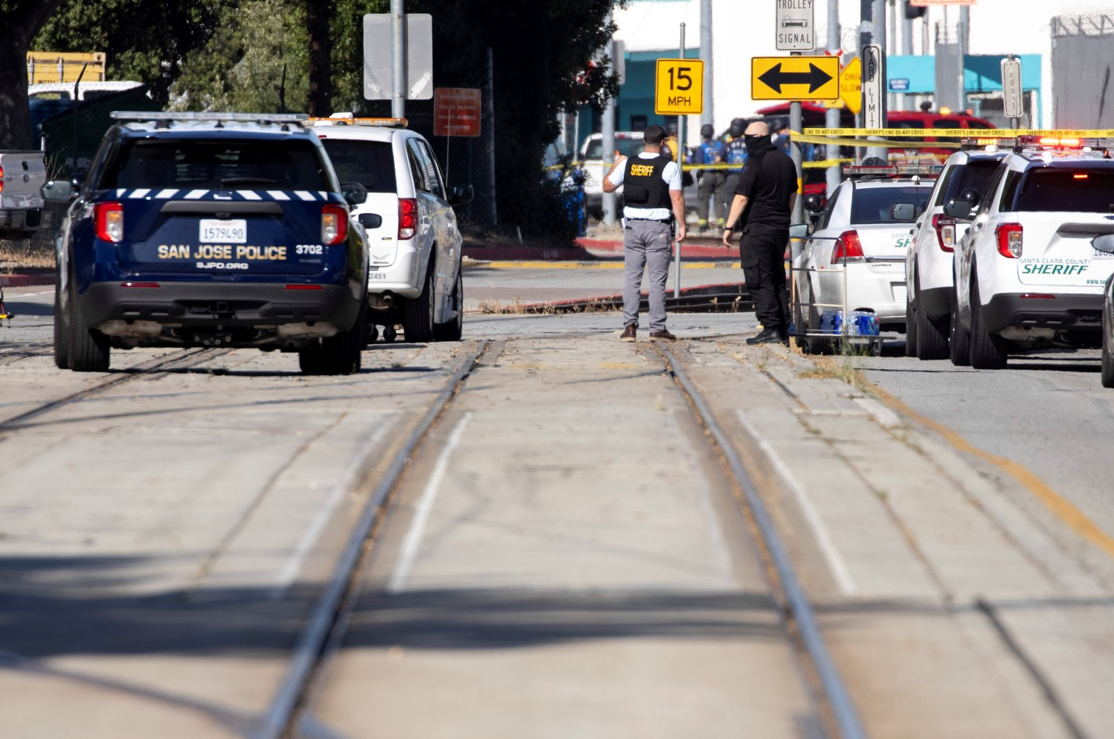 Police secure the scene of a mass shooting at a railyard run by the Santa Clara Valley Transportation Authority in San Jose, California, U.S., May 26, 2021. (Reuters Photo)