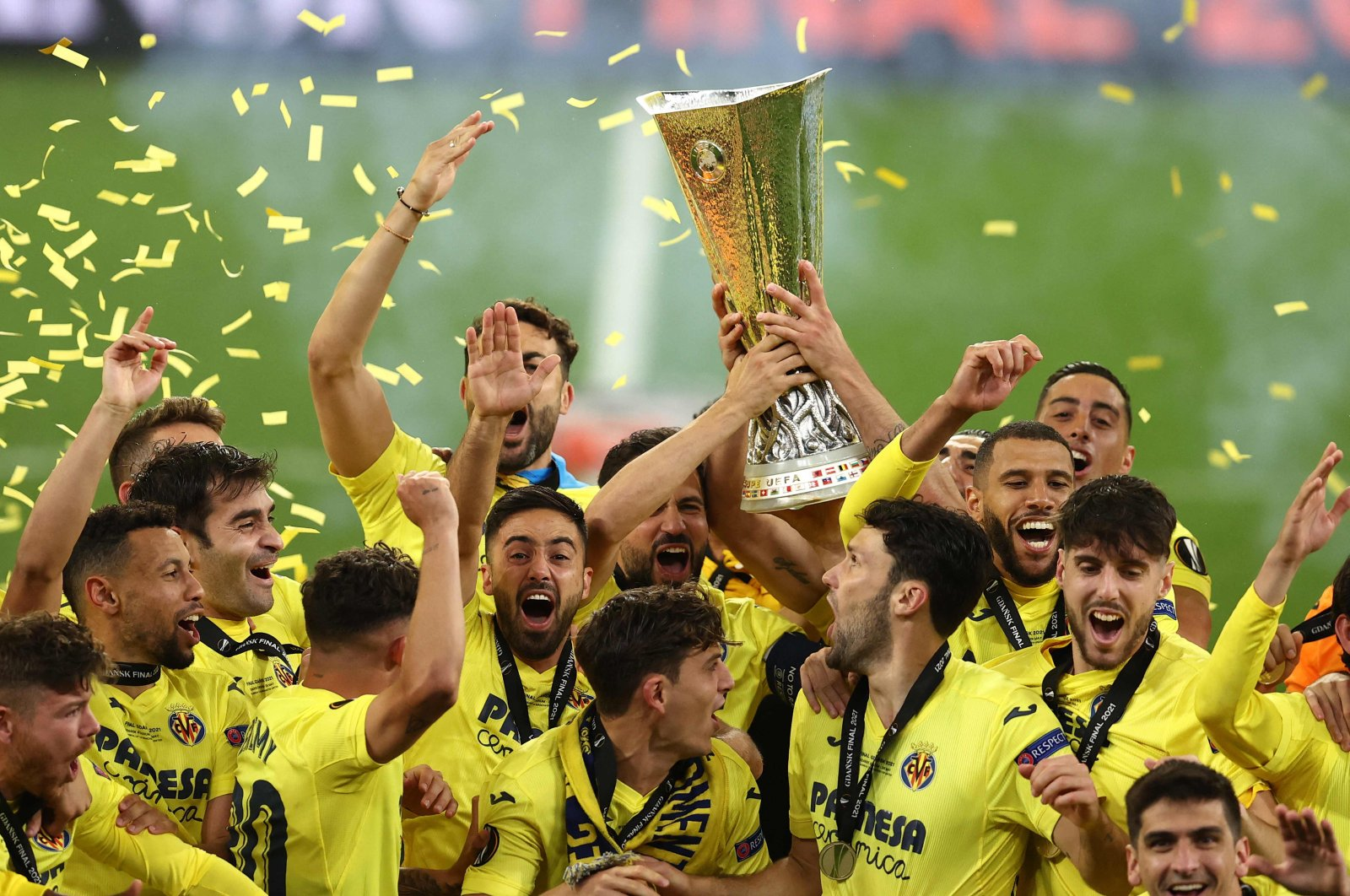 Villarreal players lift UEFA Europa League trophy after beating Manchester United in the final at the Gdansk Stadium, Gdansk, Poland, May 26, 2021. (AFP Photo)