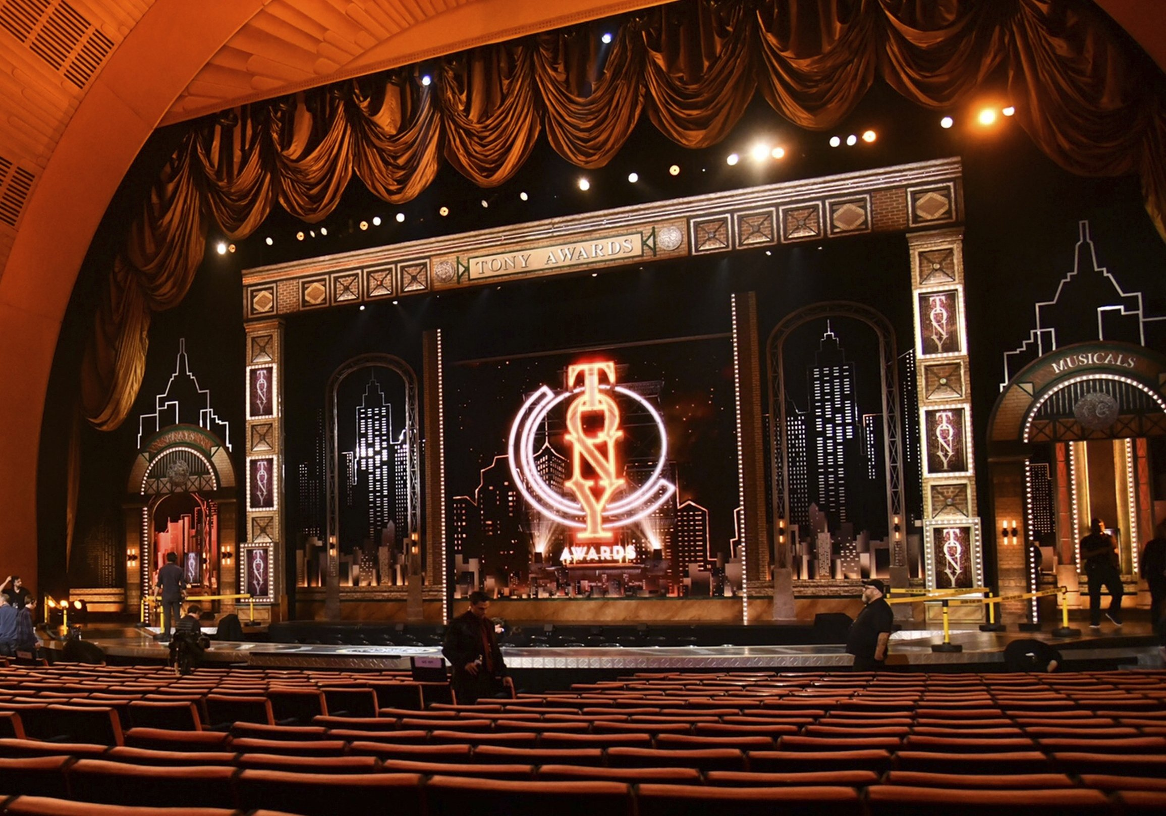 Workers prepare for the 73rd annual Tony Awards in New York, U.S., June 9, 2019. (AP Photo)