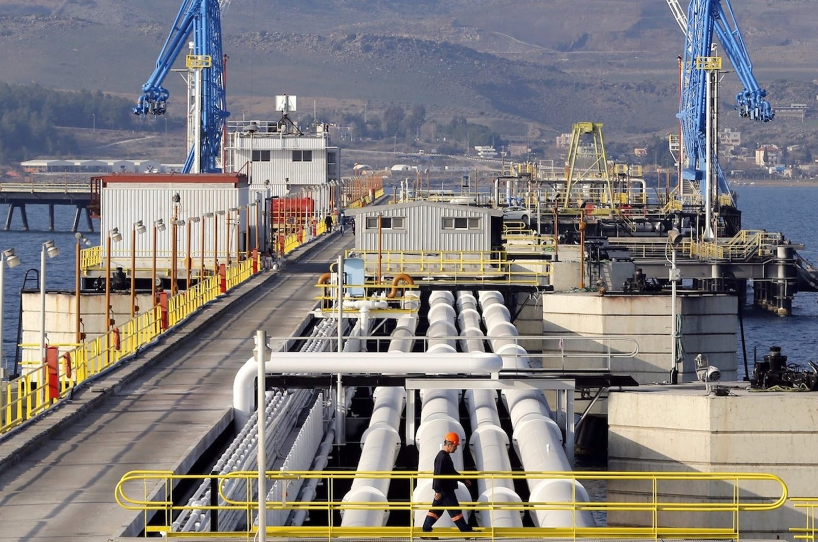 A view at Turkey's Mediterranean port of Ceyhan, which is run by state-owned Petroleum Pipeline Corporation (BOTAŞ), some 70 kilometers (43.5 miles) from southern Adana province, Turkey, Feb. 19, 2014. (Reuters Photo)