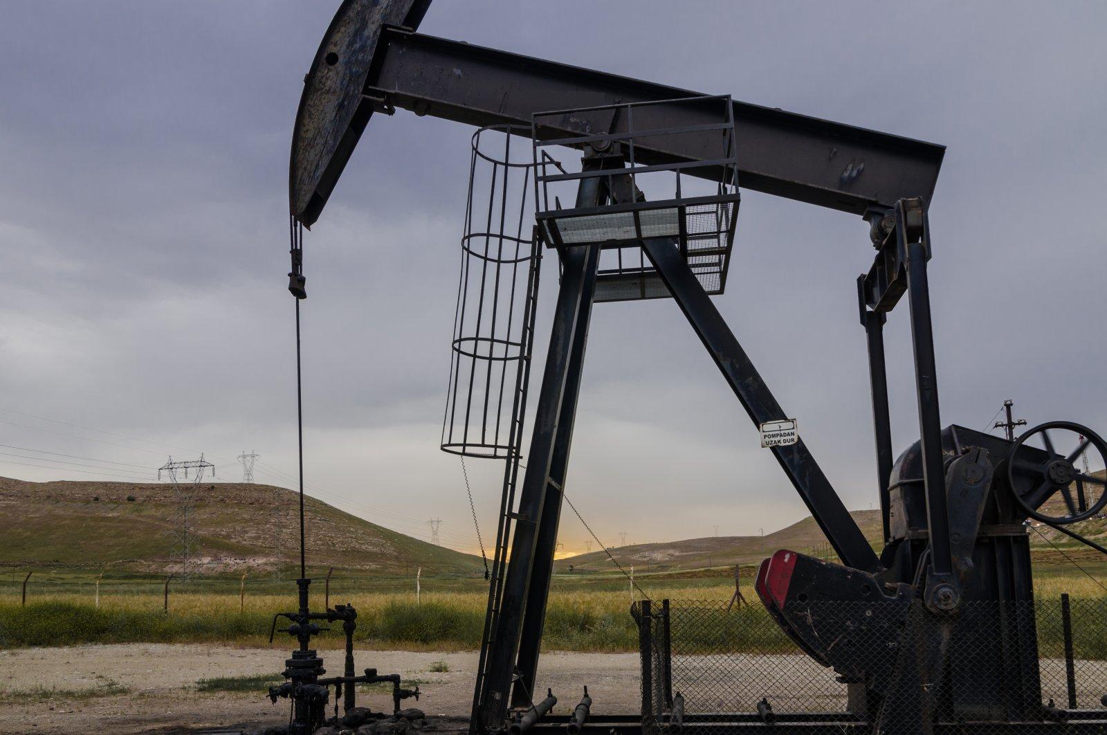 A pump jack is seen at Raman oil field in southeastern Batman province, Turkey, June 6, 2015. (Shutterstock Photo)