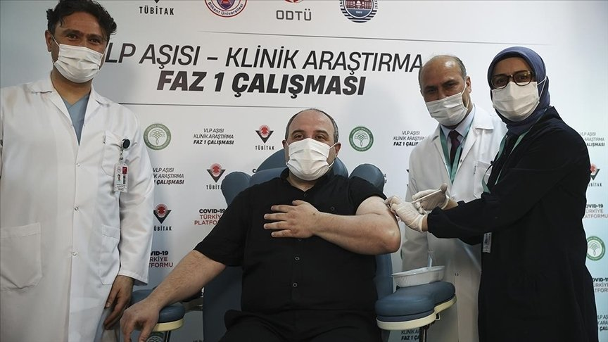 Minister of Industry and Technology Mustafa Varank injected with VLP vaccine as a volunteer, in the capital Ankara, Turkey, April 14, 2021. (AA PHOTO)